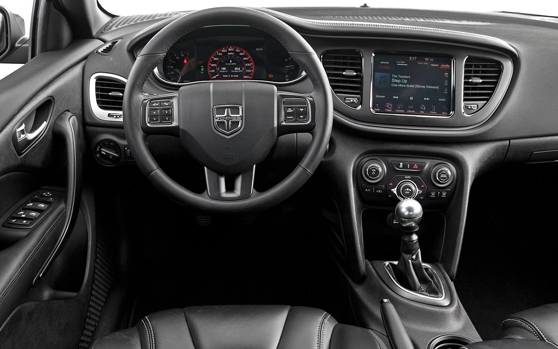Primera Prueba Dodge Dart Limited 2013 Autos Terra