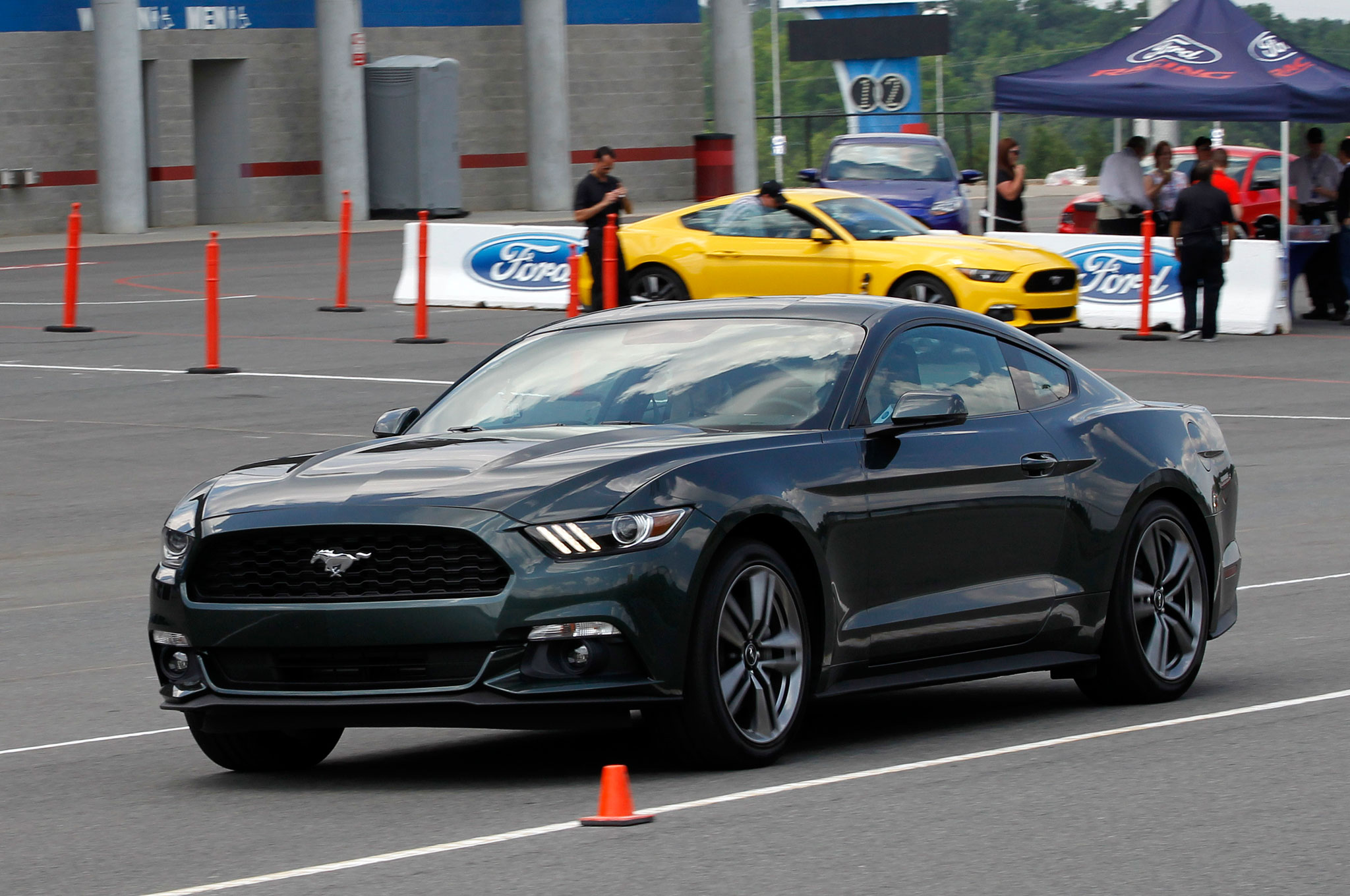 Ford mustang fastback 2 3 ecoboost 1215