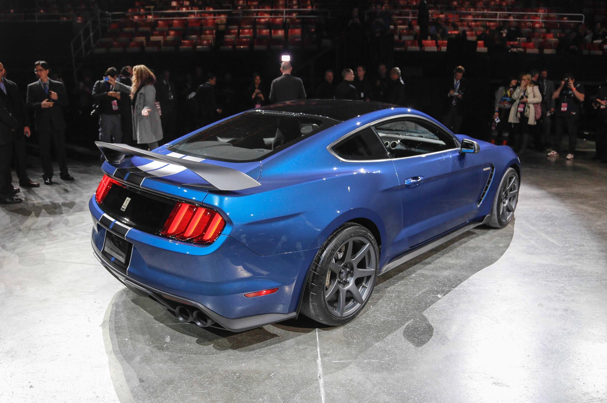 Ford Shelby GT350R Mustang llega a Detroit con más de 500 hp
