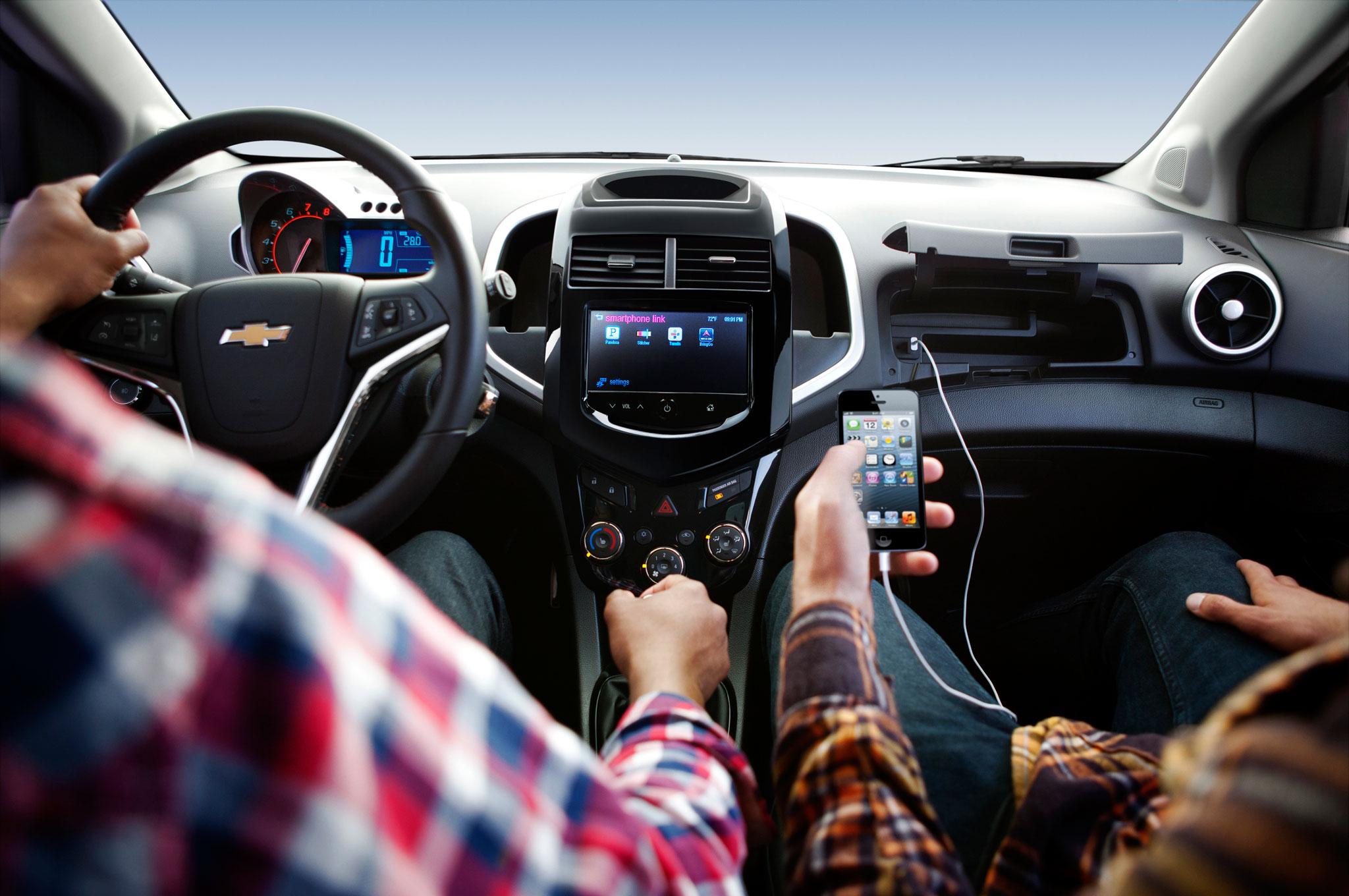 Chevrolet Sonic LT Hatch 2015: Primer Manejo