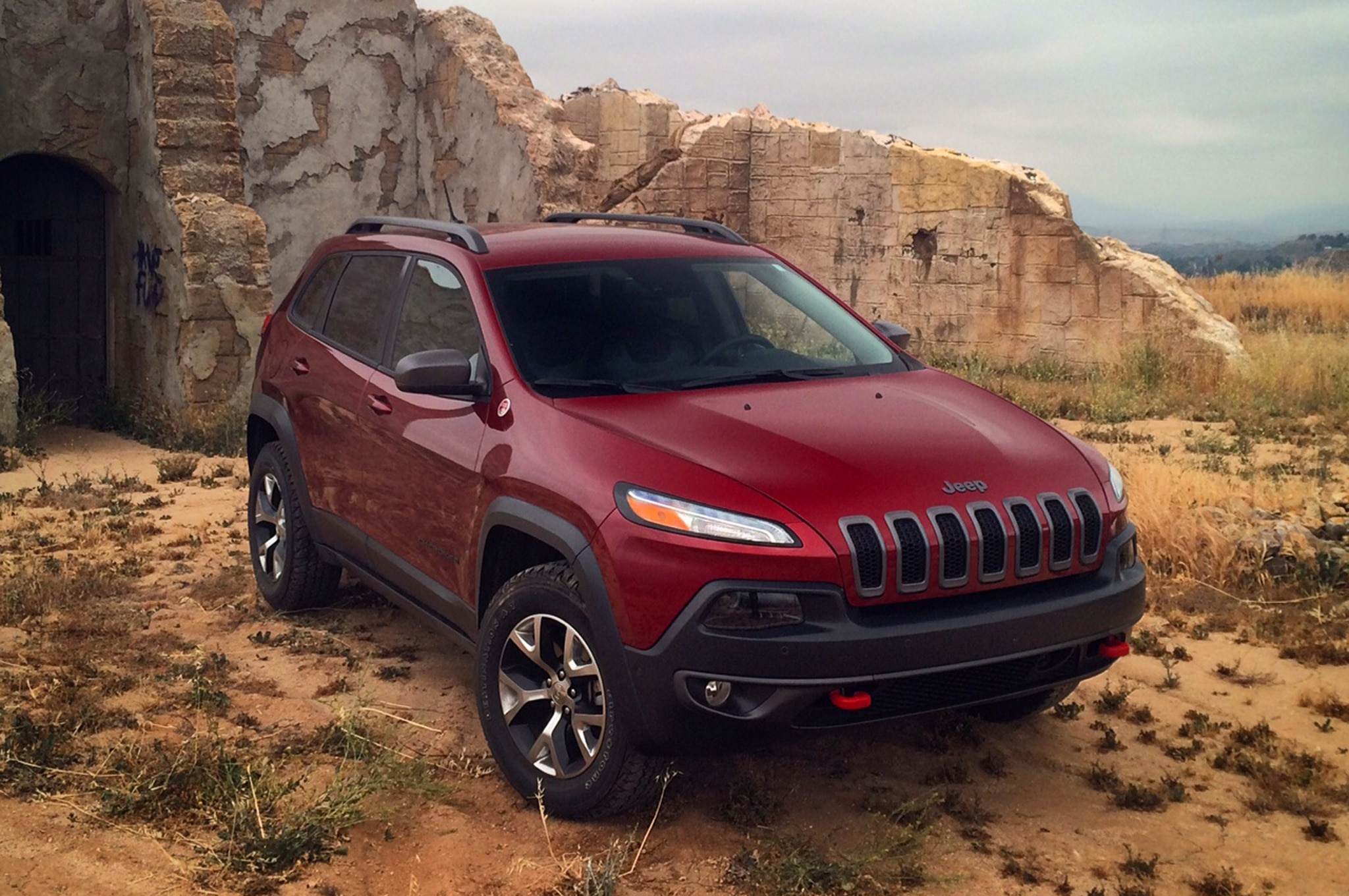 2014 Jeep Cherokee Trailhawk Front Three Quarters