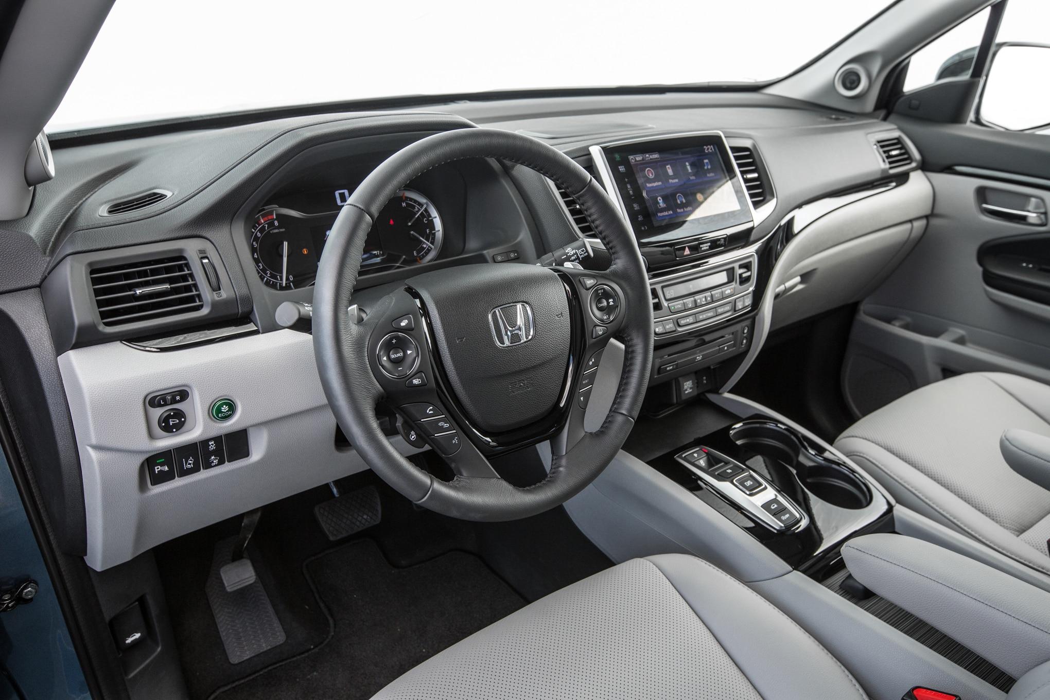 2016-Honda-Pilot-AWD-Elite-interior - Motor Trend en Español