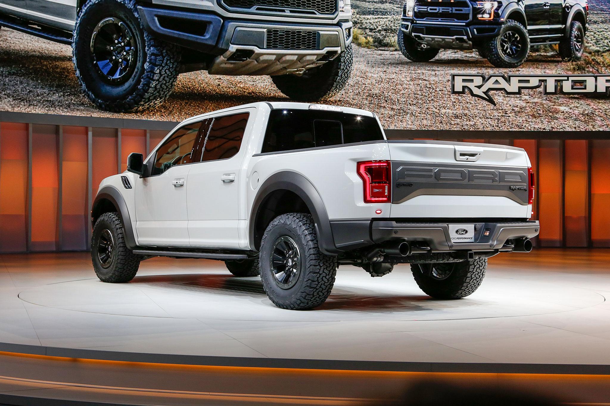 raptor ford 150 supercrew f150 cab svt exterior redesign pickup mpg specs muscle rear awd premier trucks update vistazo primer