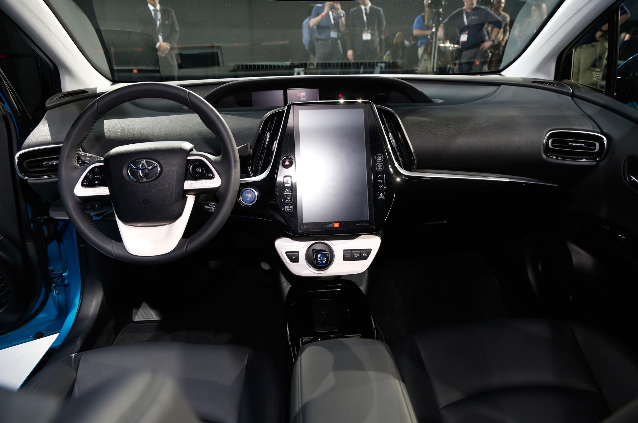 Toyota Prius Prime 2017 Primer Vistazo