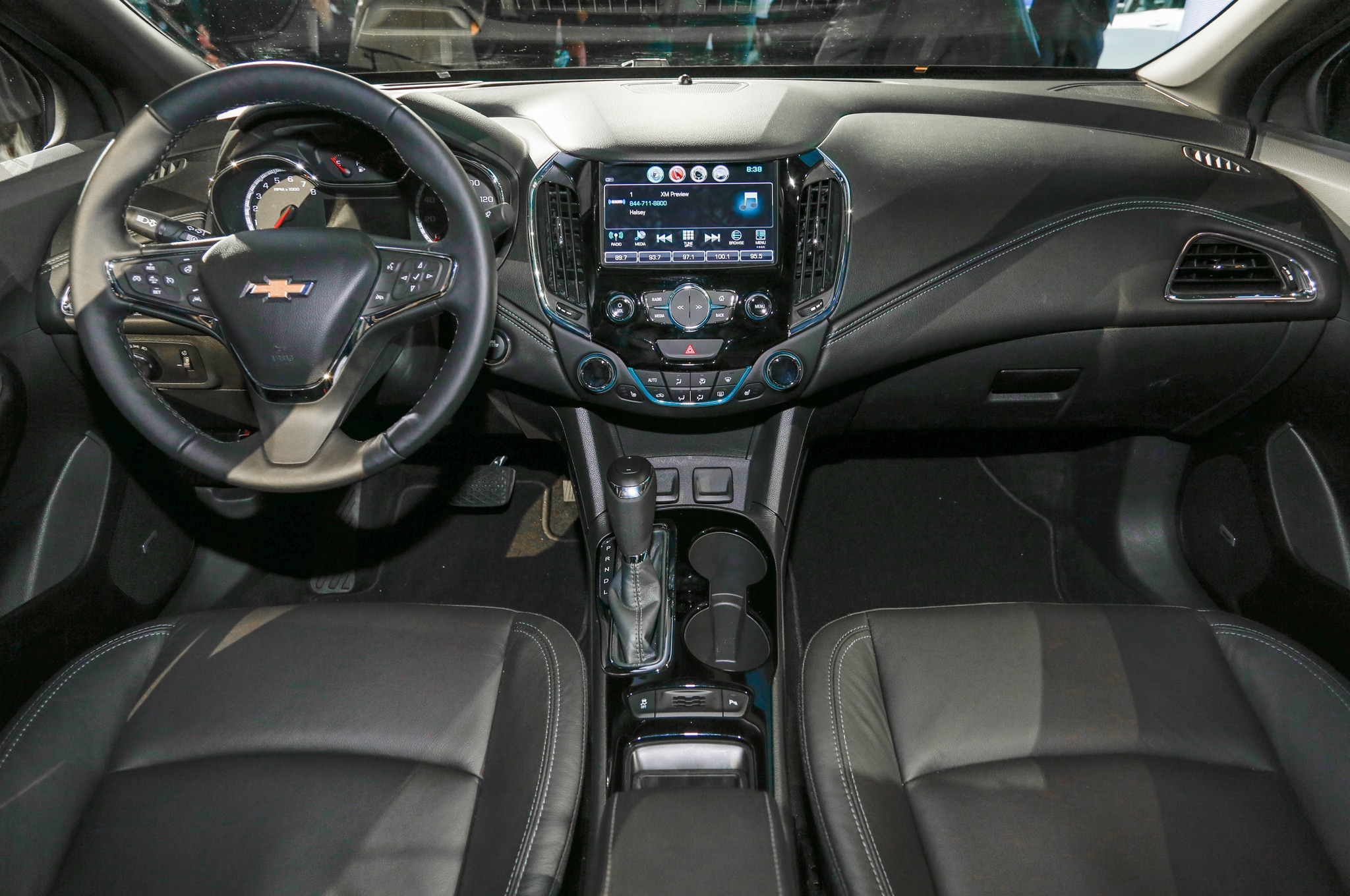 10 autos compactos con mucha tecnología