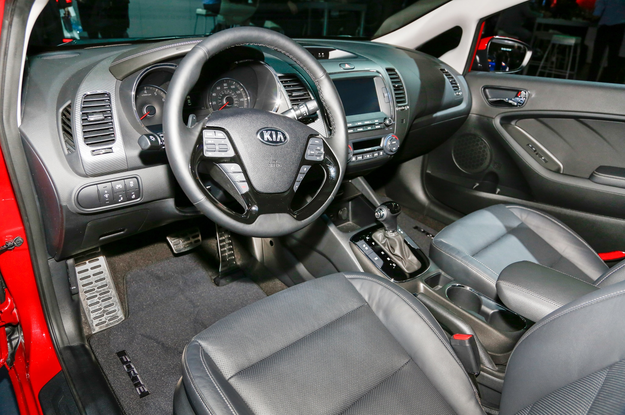 2017 Kia Forte Interior 29 Junio 2016 Wpengine