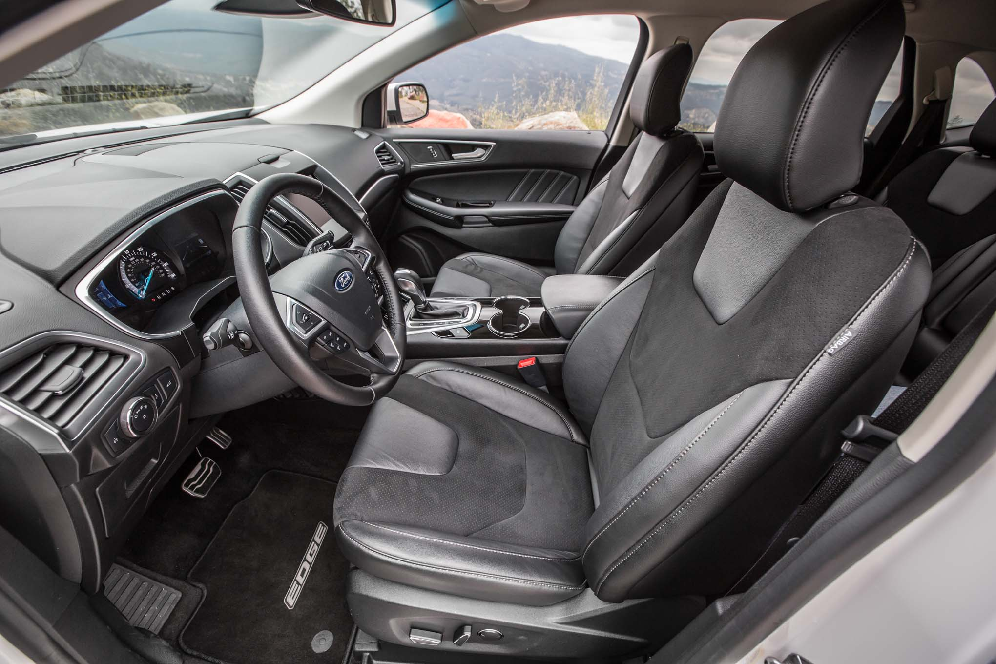 2016 Ford Edge Sport Awd Front Interior Seats Motor Trend En Espanol