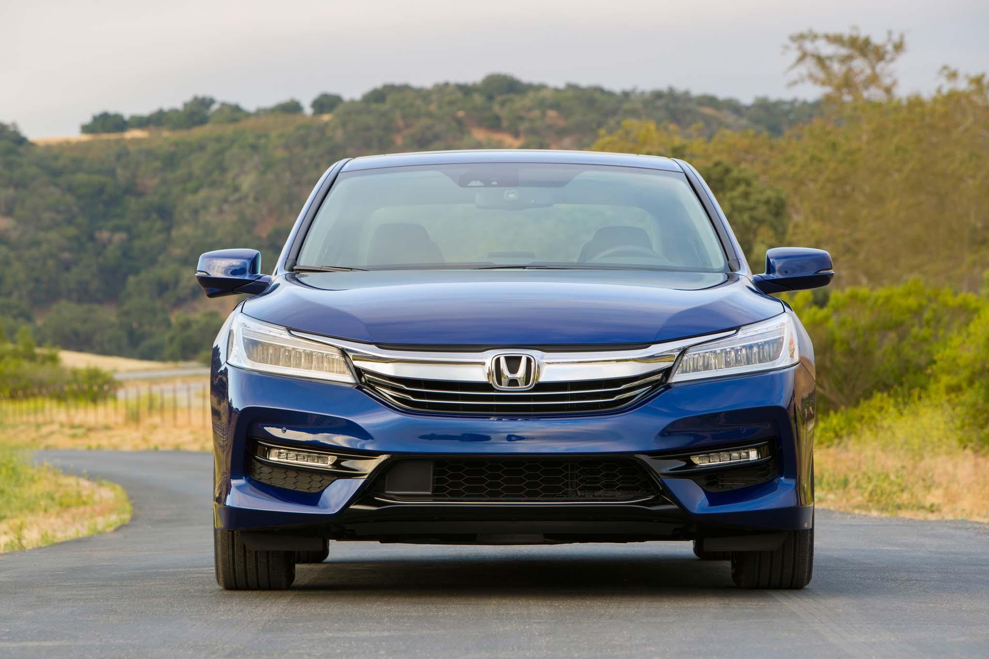 2017 Honda Accord Hybrid Front End