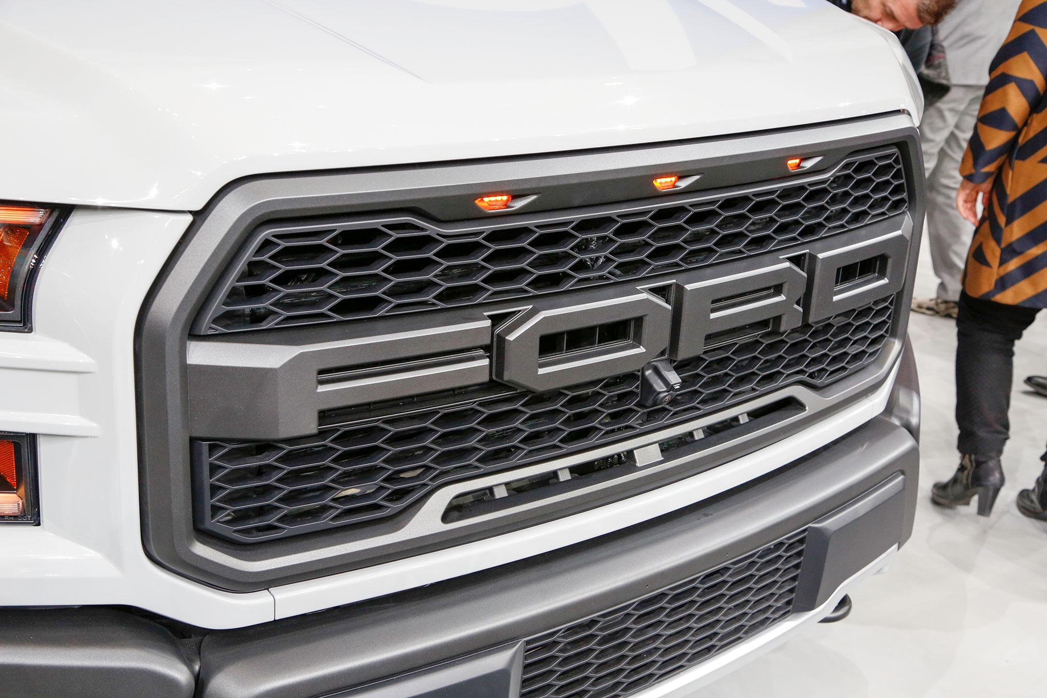 Ford Raptor 2017 Interior >> Filtran precio de Ford Raptor 2017; costaría $49,520 dólares