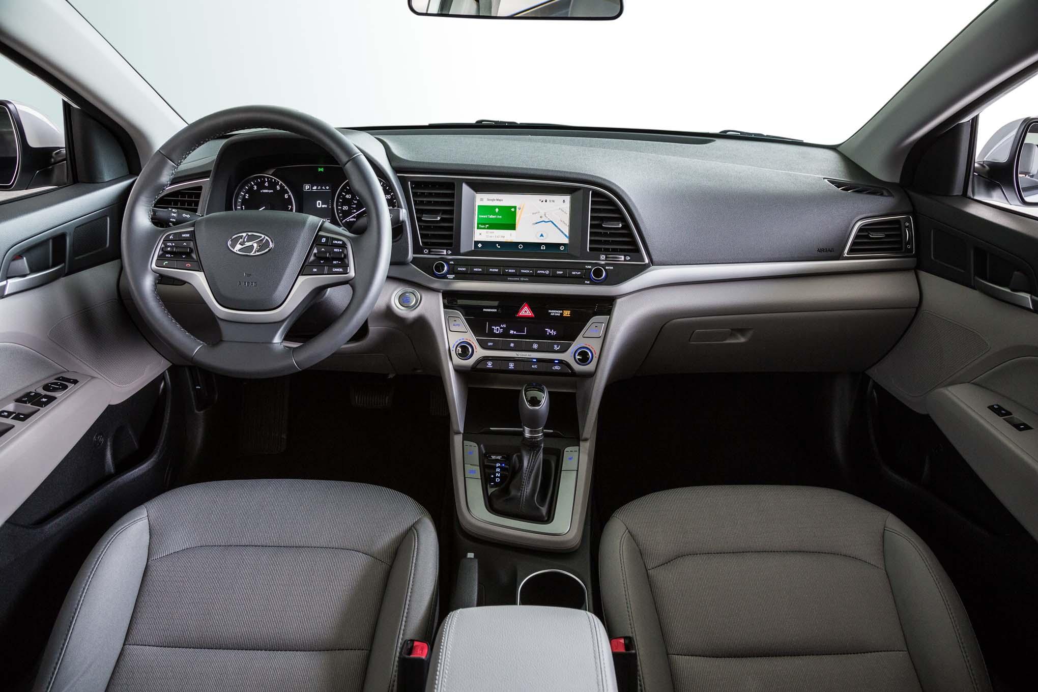Hyundai Elantra Eco 2017 Primer Manejo
