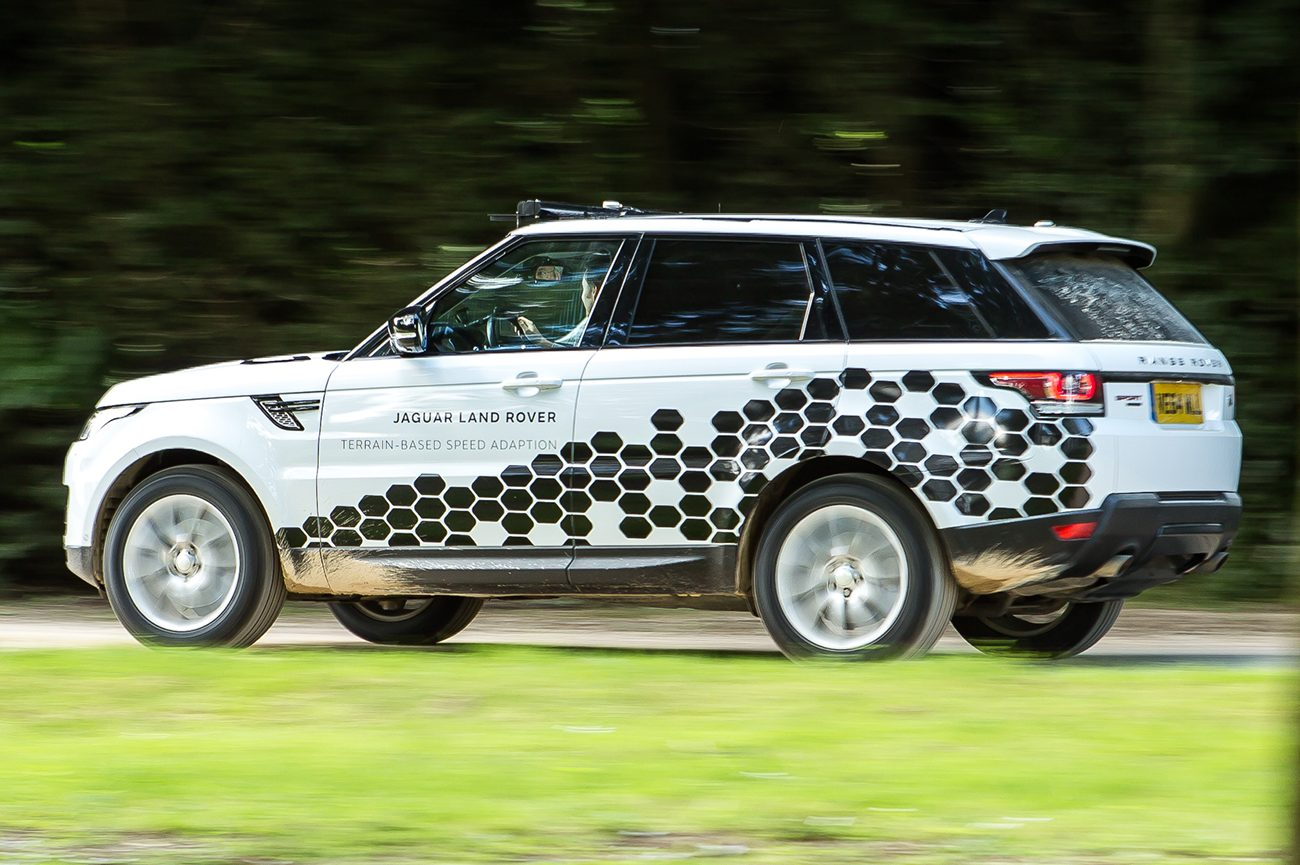 Land Rover Range Rover Sport Prototype With Terrain Based Speed Adaption Rear E1468953406454