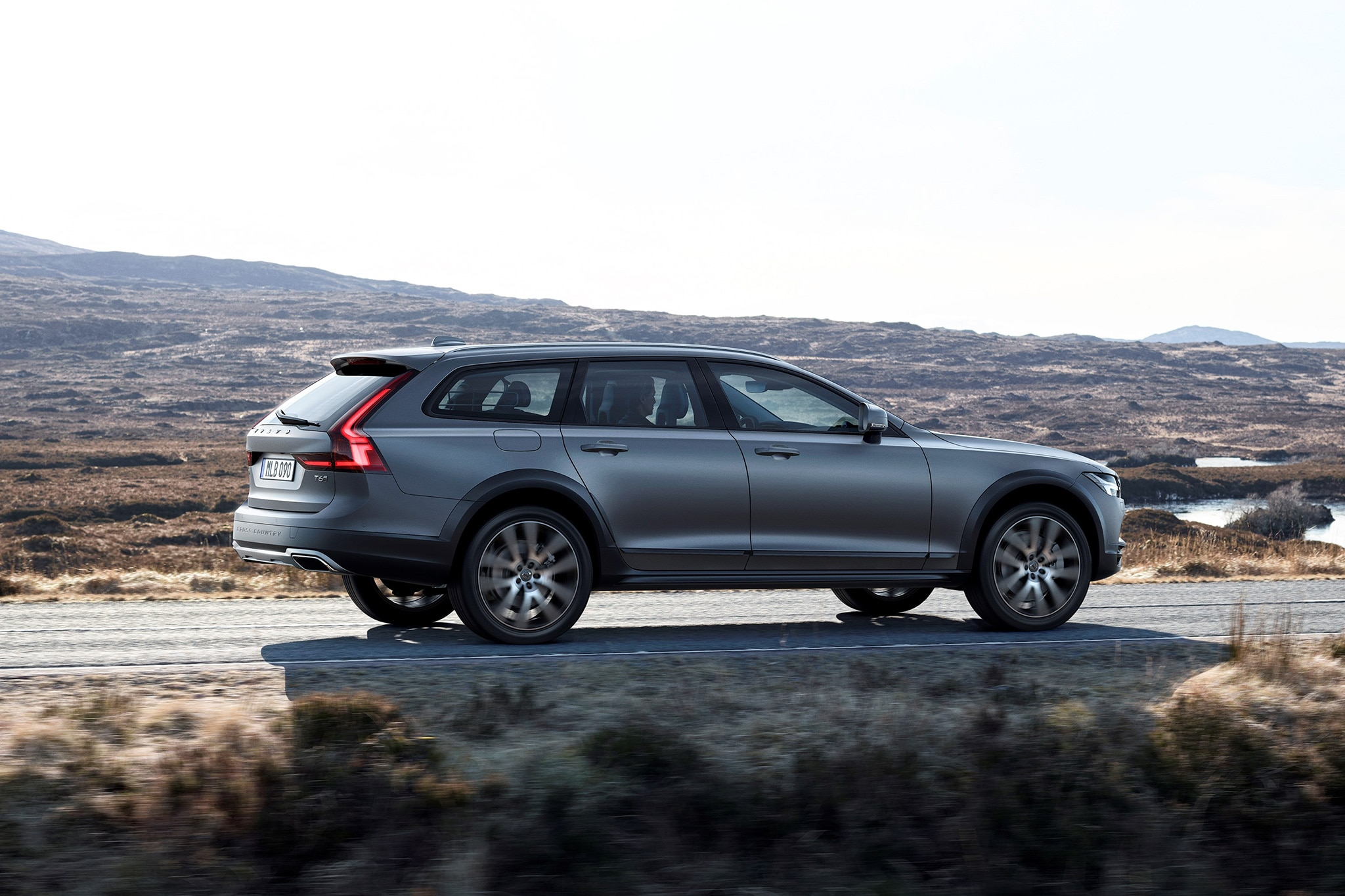 2021 All Volvo Xc70 Specs and Review