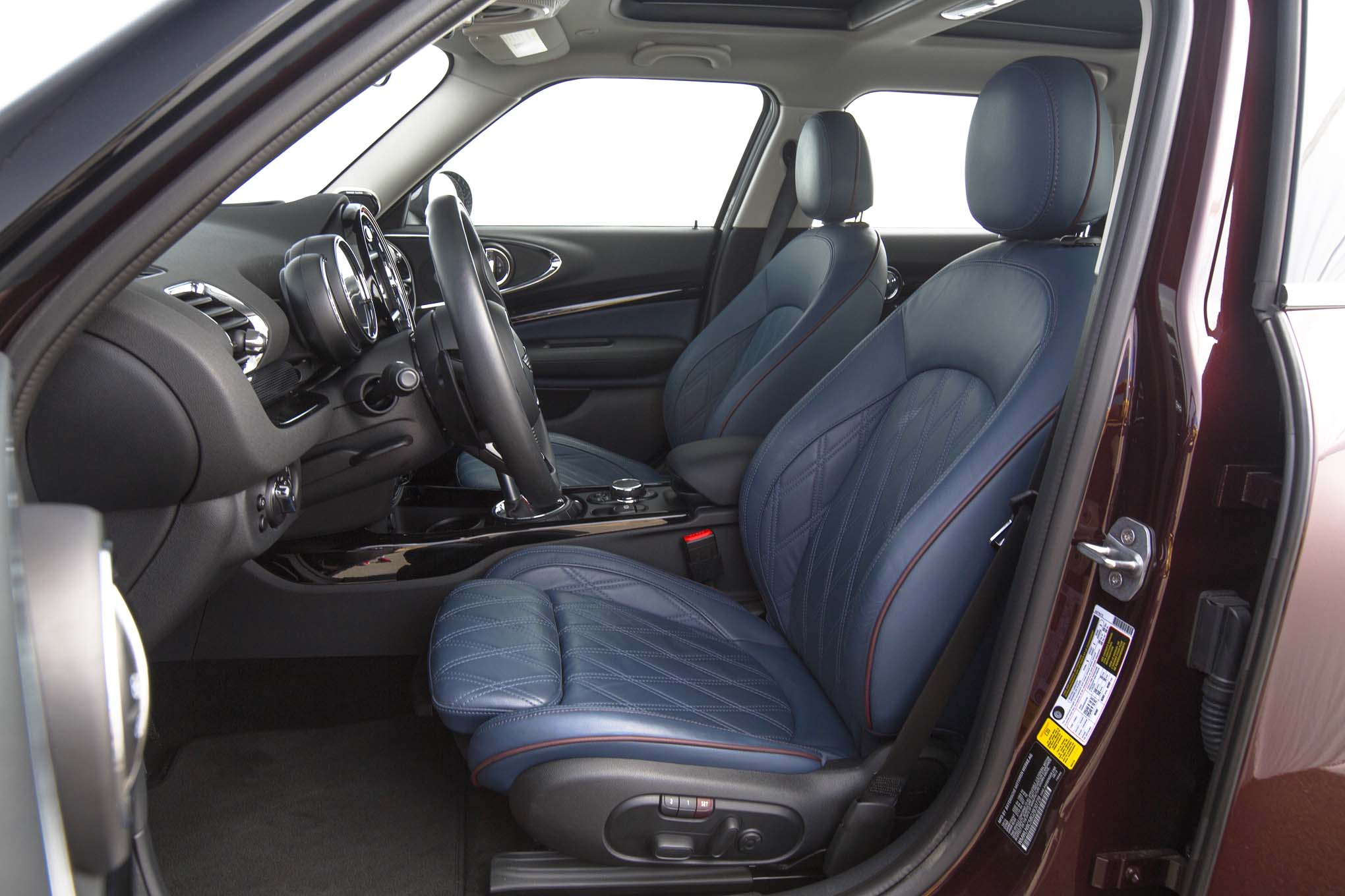 2016 Mini Cooper S Clubman Front Interior Seats Motor Trend En Español