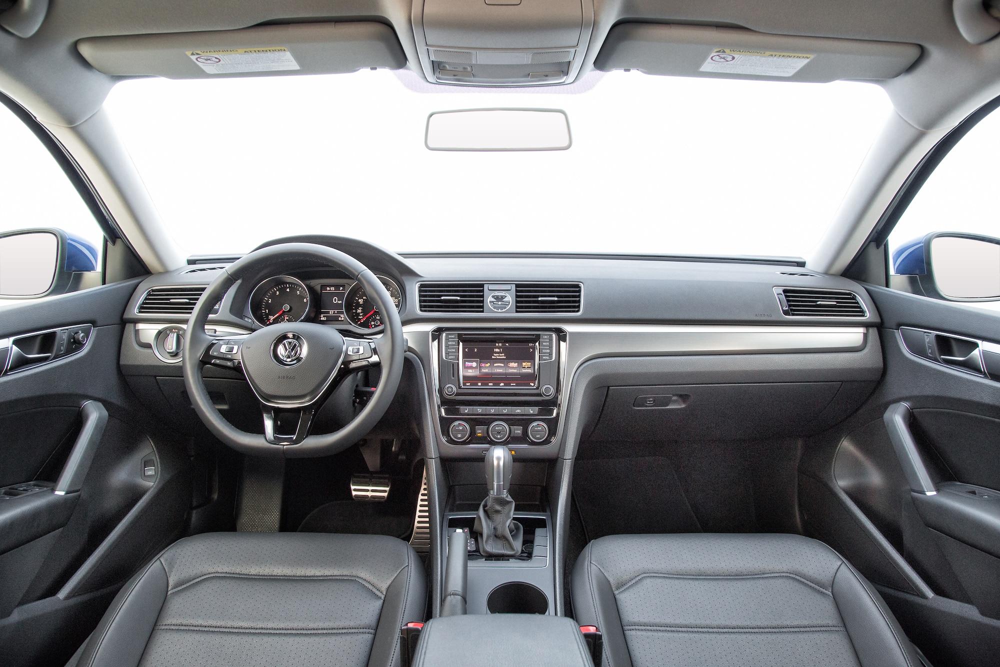 A Fondo con el Volkswagen Passat 2016 R-Line - Motor Trend ...