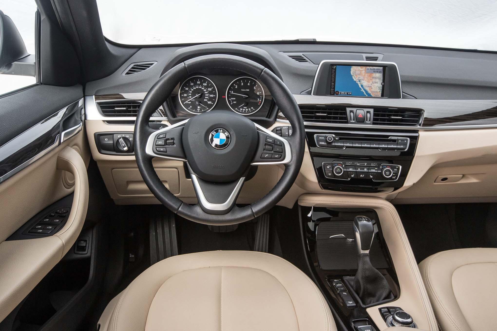 BMW X1: Contendiente a la SUV del Año de Motor Trend 2017 ...