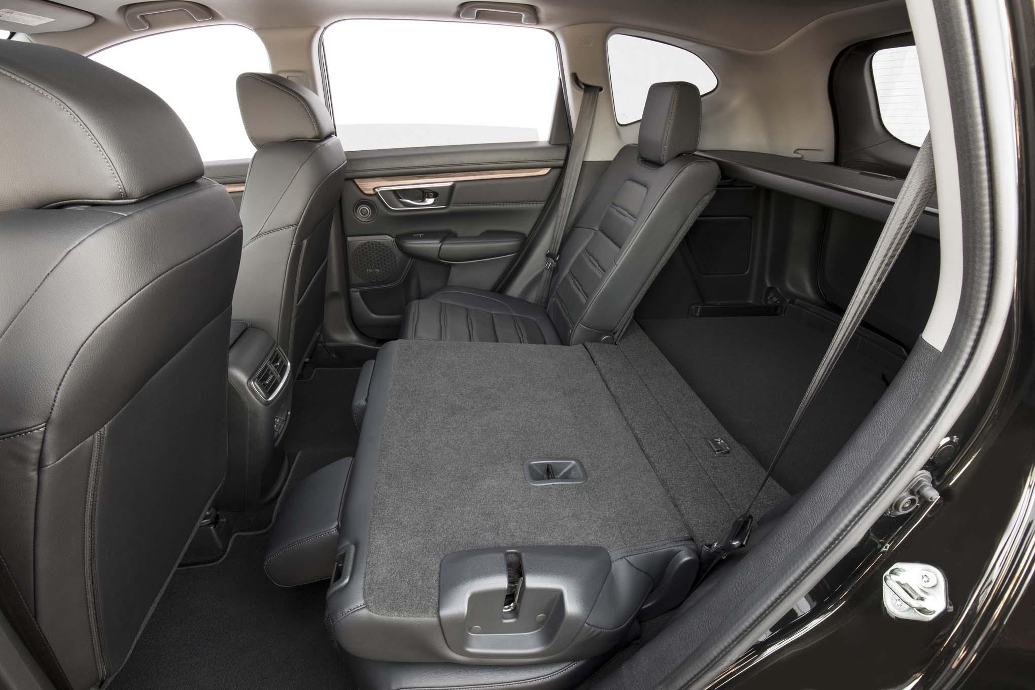 2017 Honda Cr V Rear Seats Folded Down 1 Motor Trend En