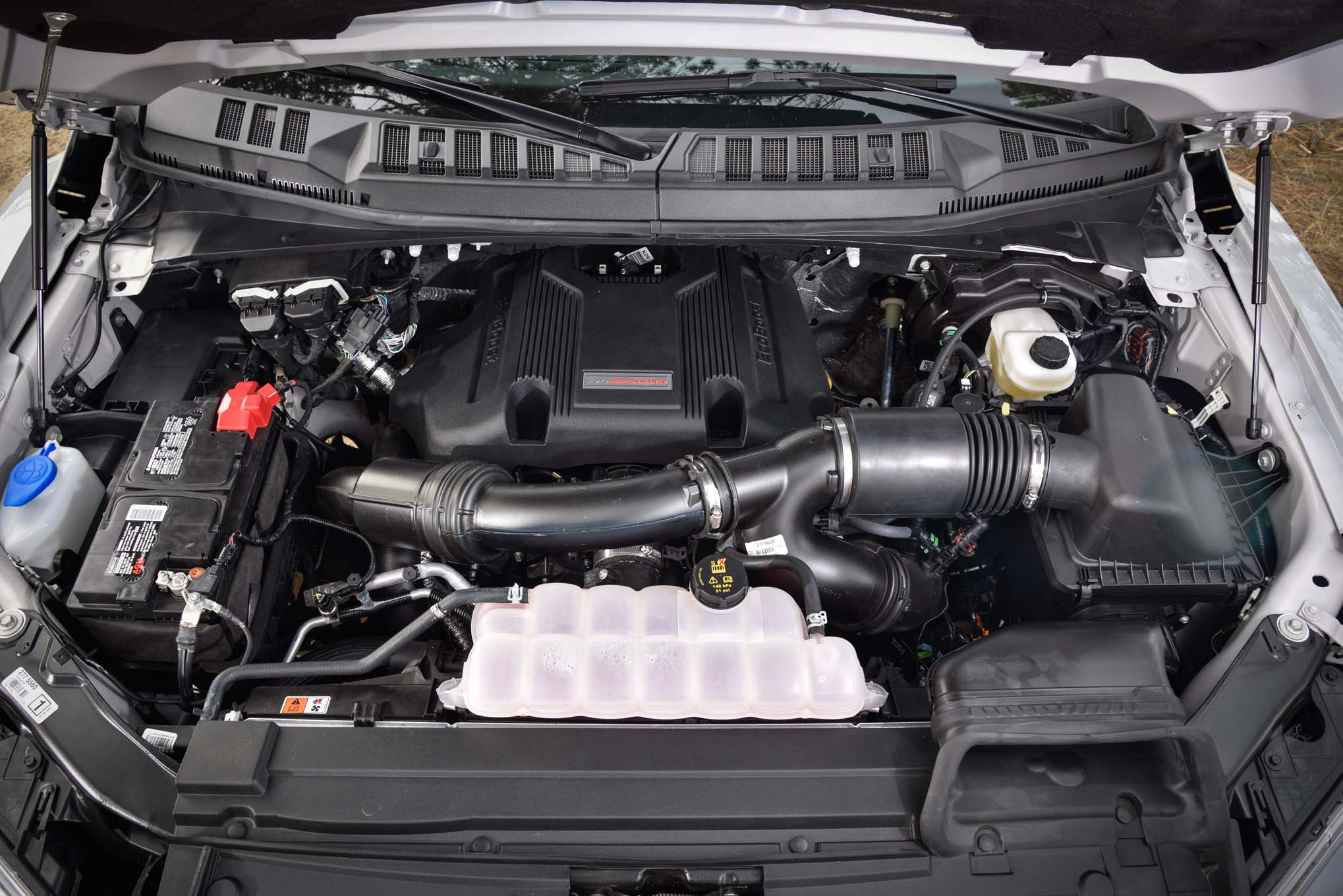 Ford F-150 Raptor 2017: Primera Prueba - Motor Trend en ...
