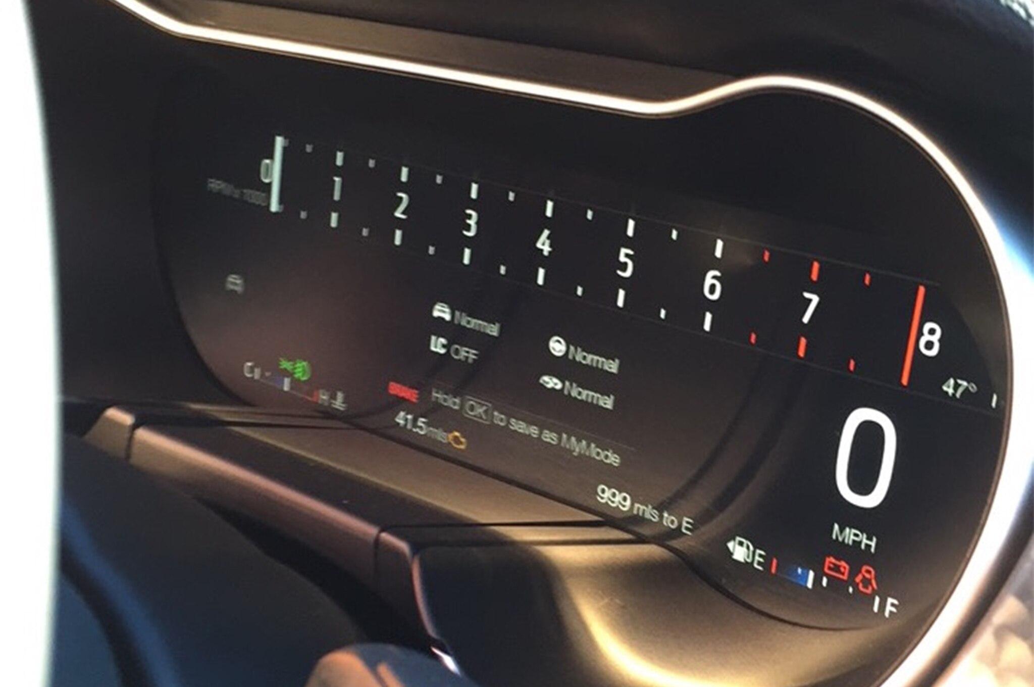2018 Ford Mustang GT V8 Performance Pack digital instrument cluster