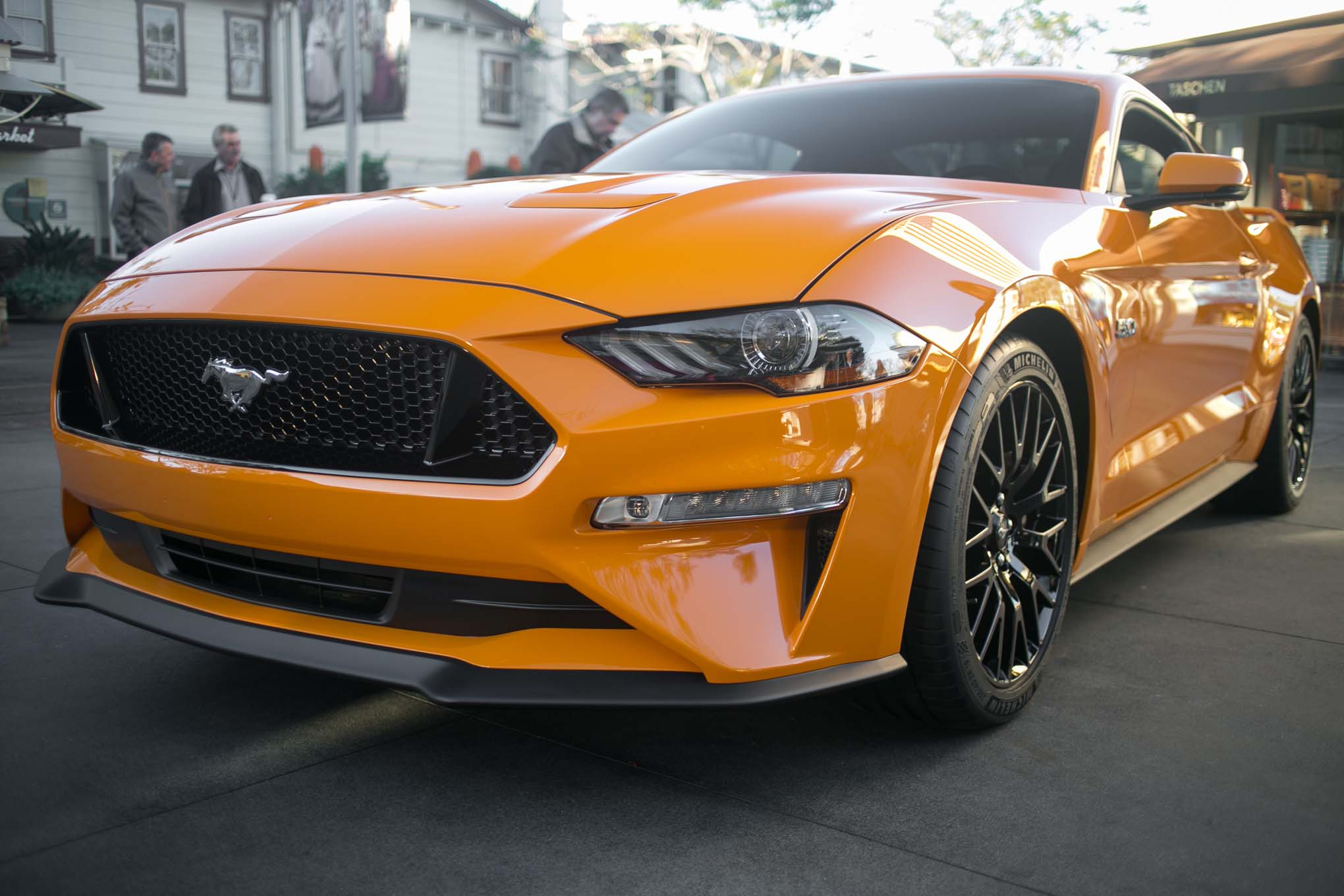 2018 Ford Mustang GT V8 Performance Pack Front End 02 1
