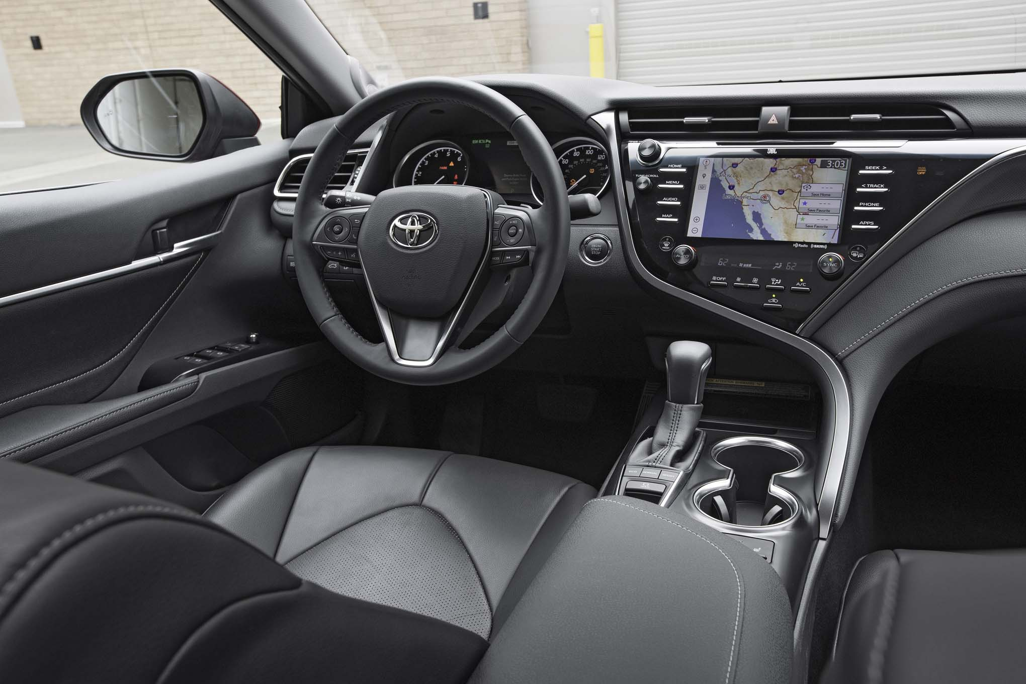 2018 Toyota Camry Xse V 6 Interior