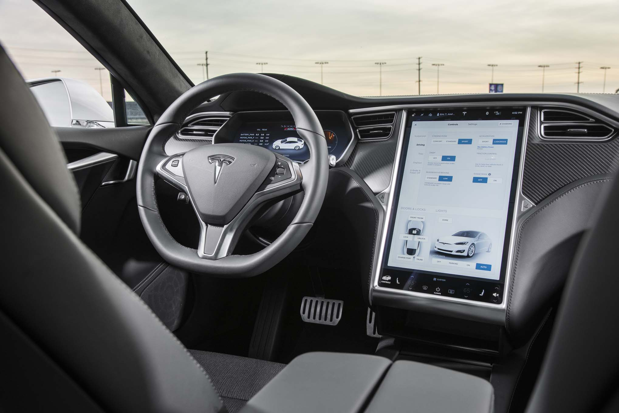 2017 Tesla Model S P100d Interior 02