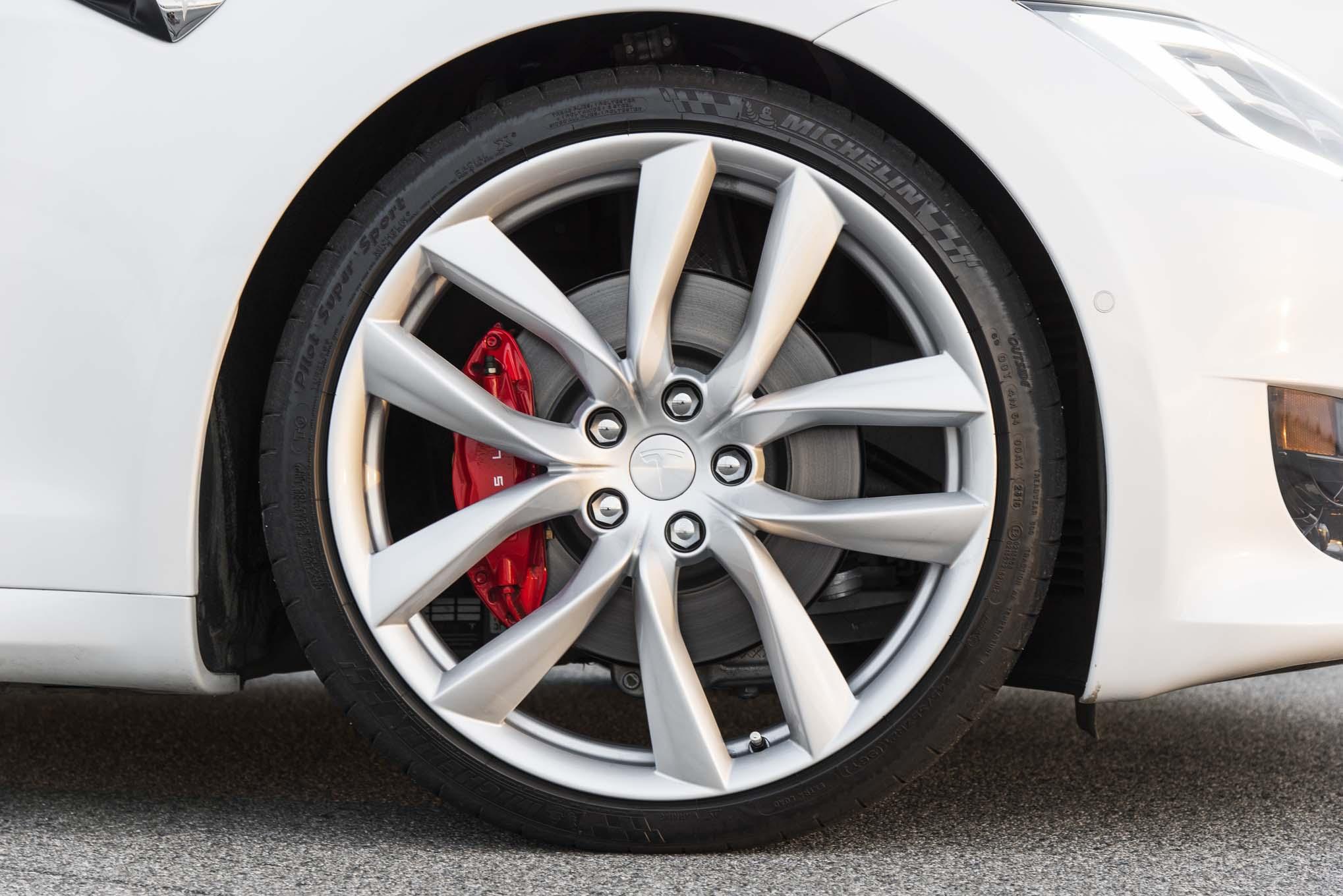 2017 Tesla Model S P100D wheels