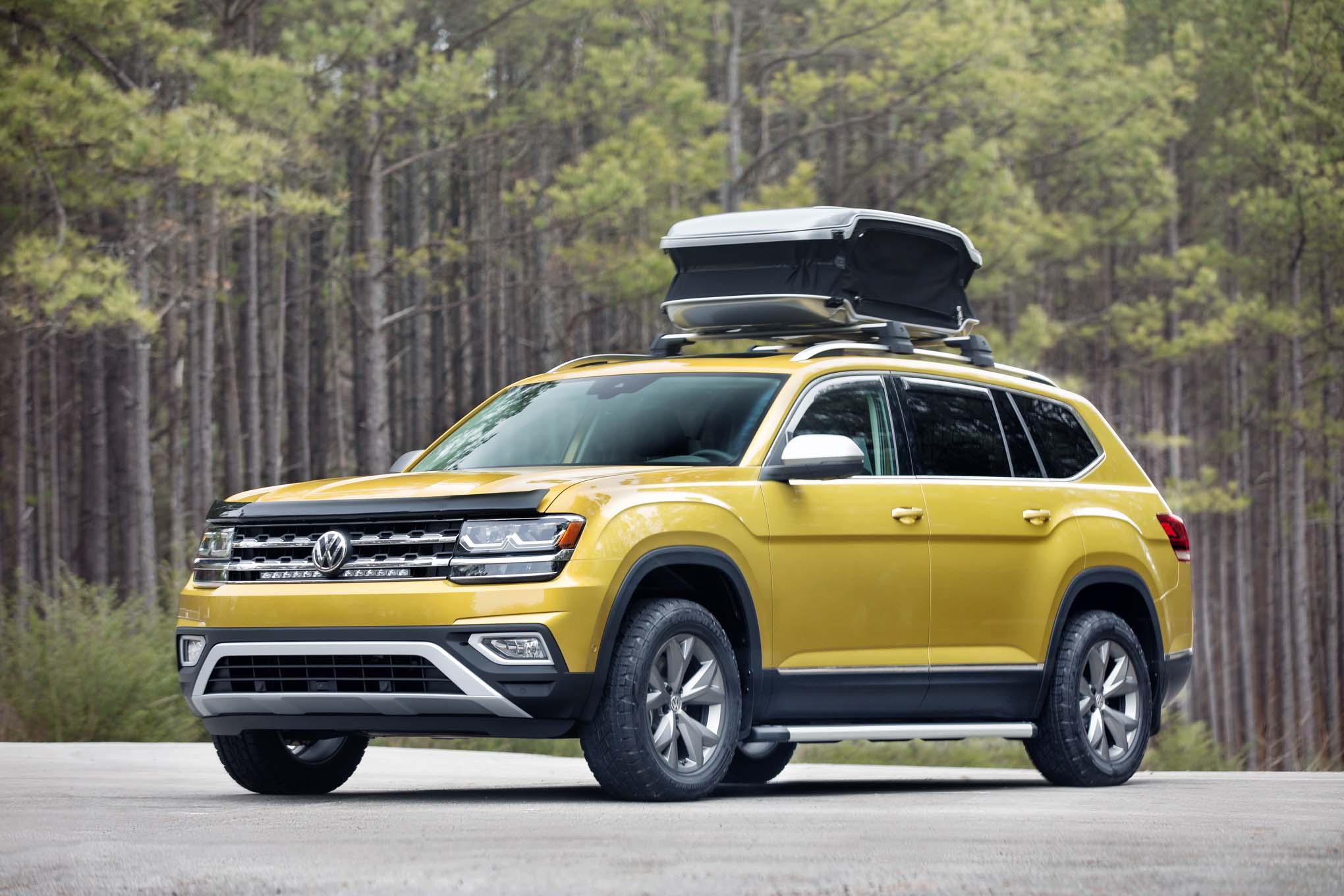 Volkswagen Atlas Weekend Concept Front Three Quarter 1
