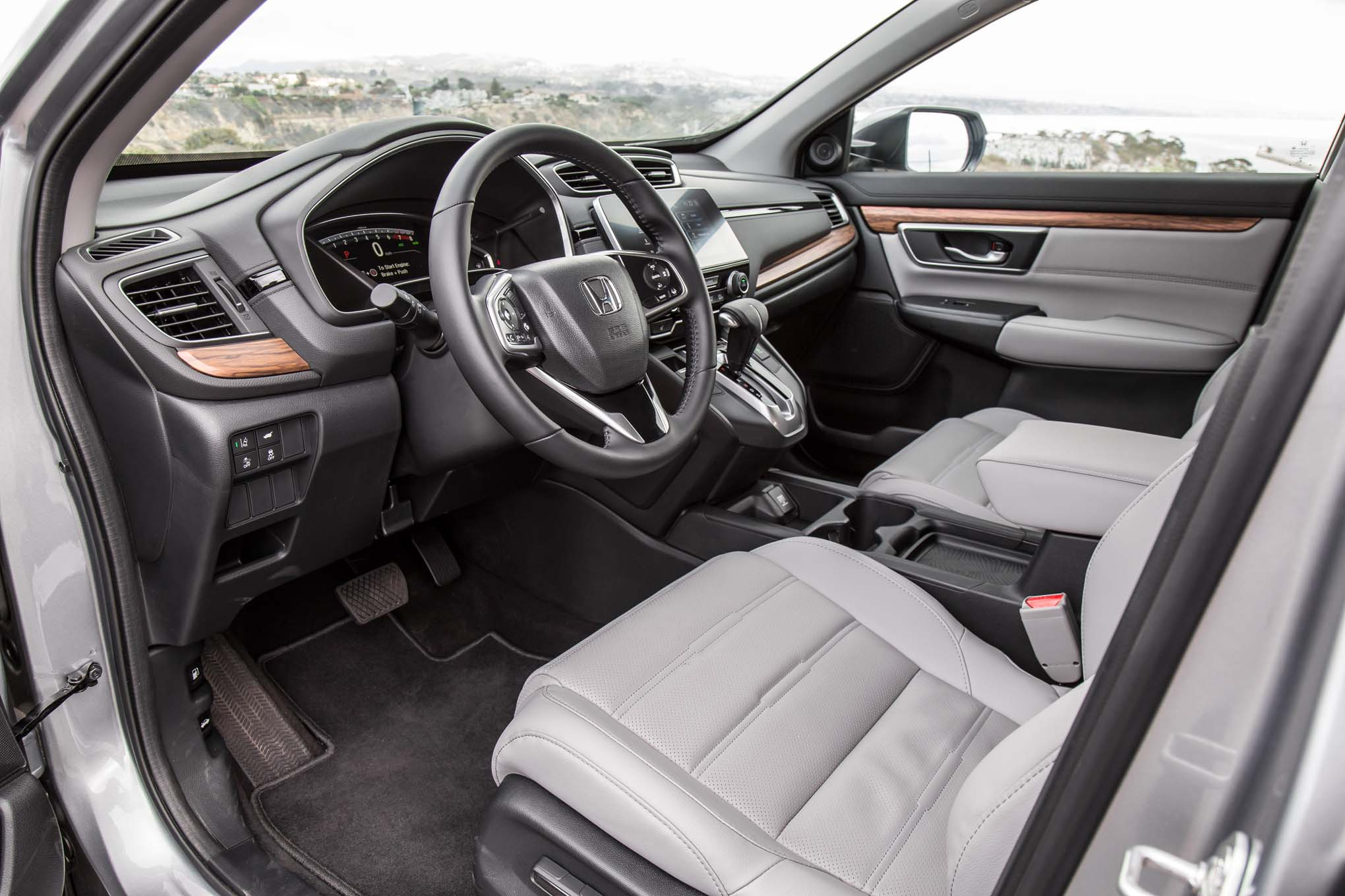 2017 Honda Cr V Touring Awd Interior 85 Motor Trend En