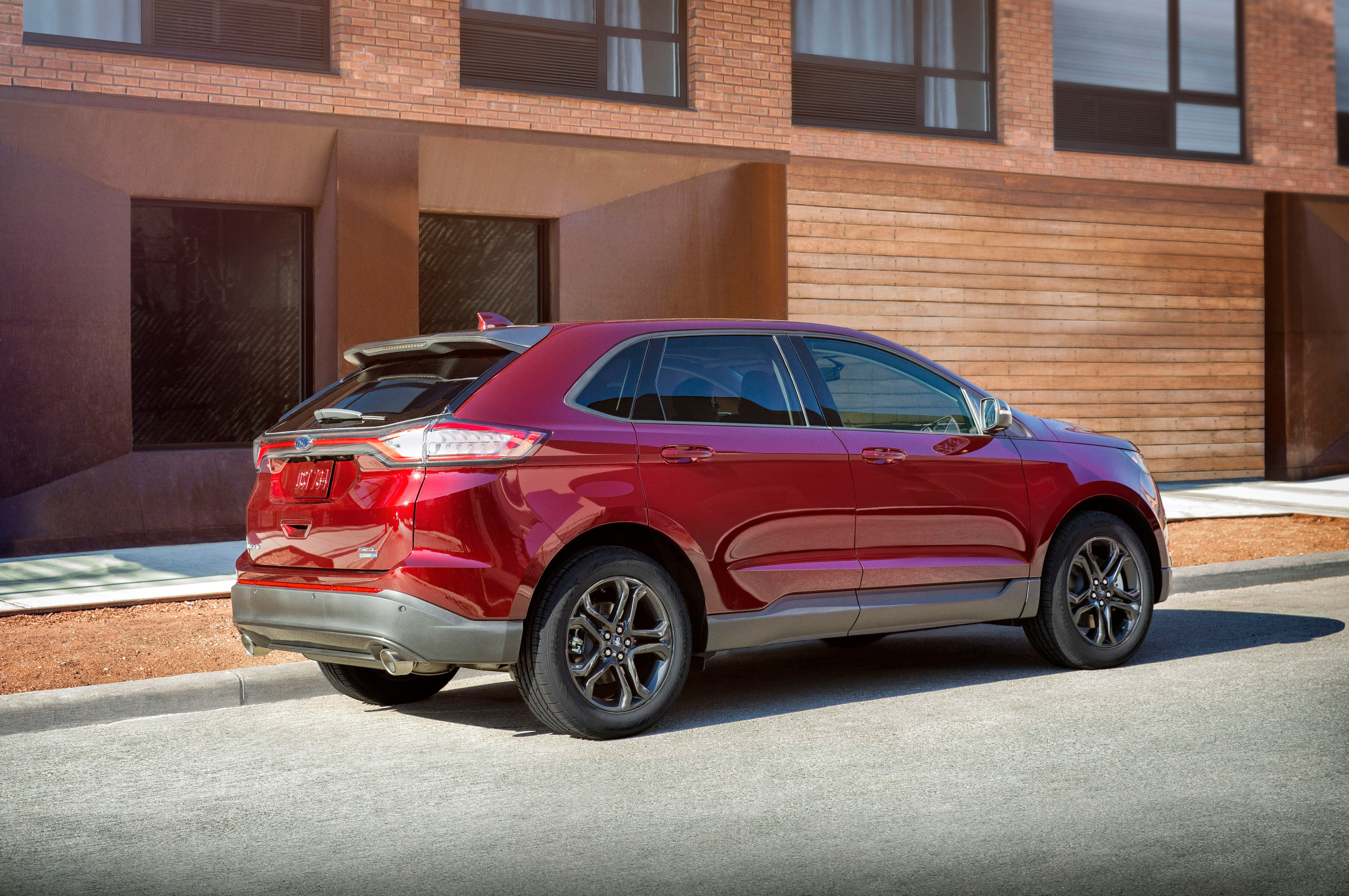 Ford Edge  Recibe Paquete Especial Motor Trend En  Ford Edge St Towing Capacity