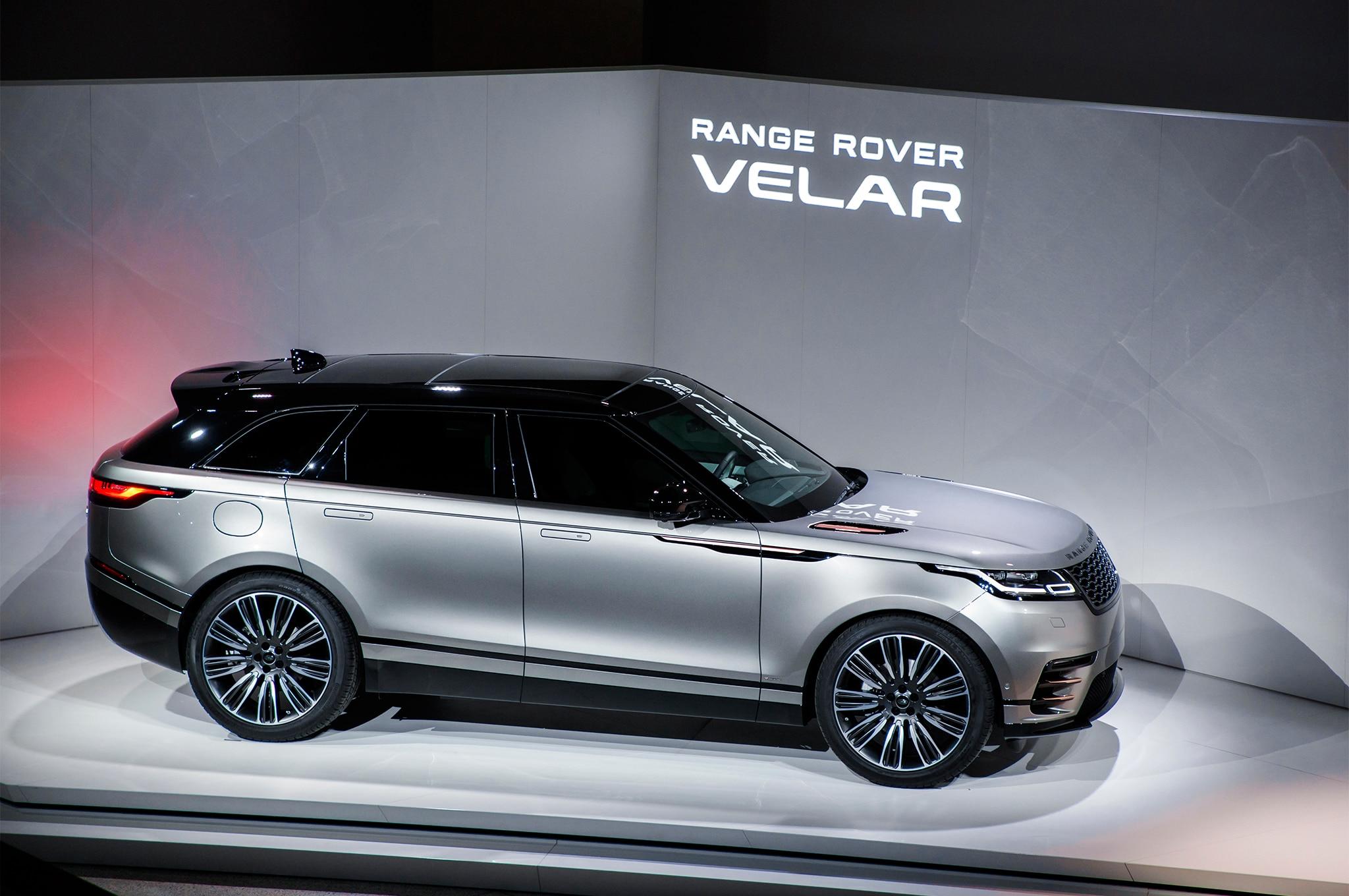2018 Land Rover Range Rover Velar Side Profile 02