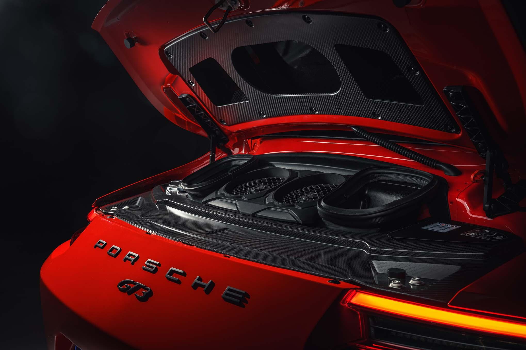2018 Porsche 911 GT3 engine
