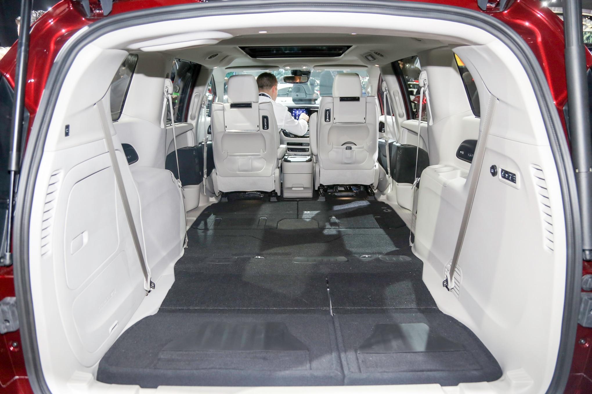 Chrysler Pacifica 2017 agrega variante Touring Plus ...