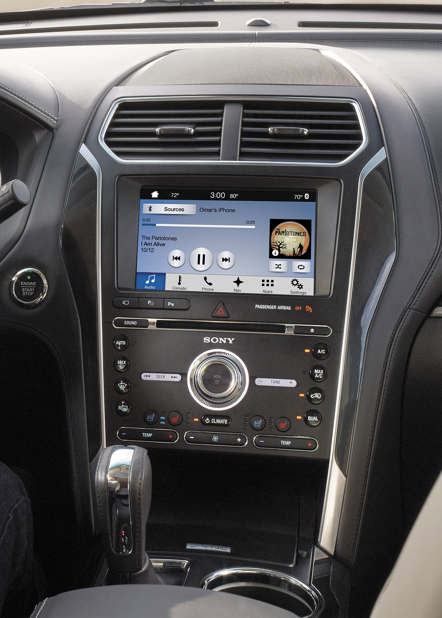 2018 Ford Taurus further 311 Black Ford Explorer Sport Trac Lifted Wallpaper 6 in addition Locacao De Limousines E Veiculos De Luxo E Aposta De Empresas Nacionais together with How I Keep My Platinum Silver White Leather Seats Clean further 802546. on 04 ford explorer interior