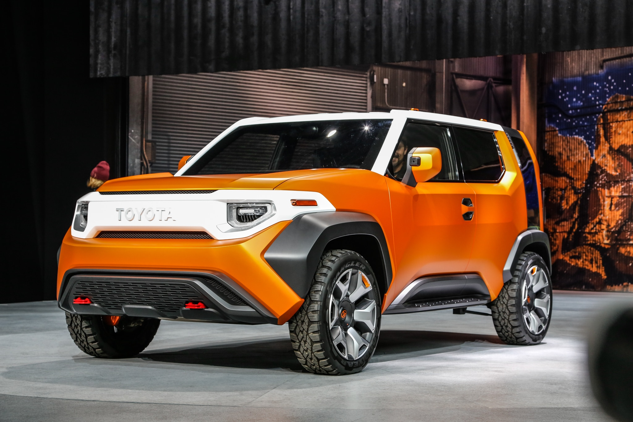 Toyota FT 4X Concept front side