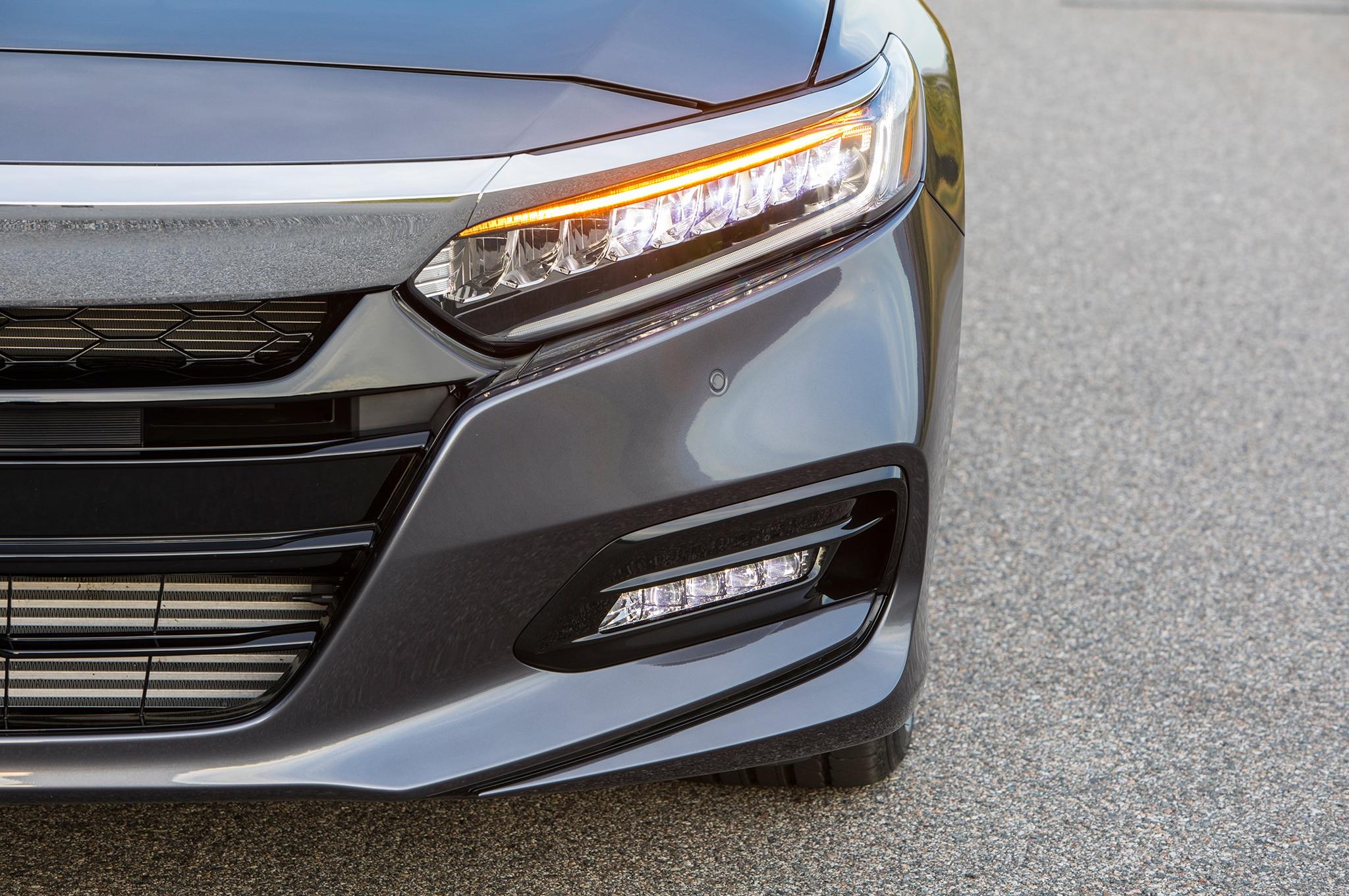2018 Honda Accord Touring 2 0t Headlight 29 Septiembre 2017 Erika Pizano