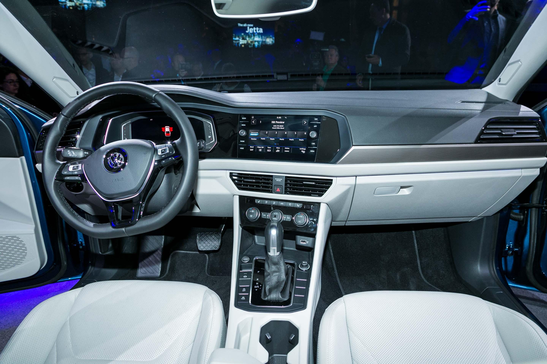 Volkswagen Jetta 2019: Primer Vistazo - Motor Trend en Español