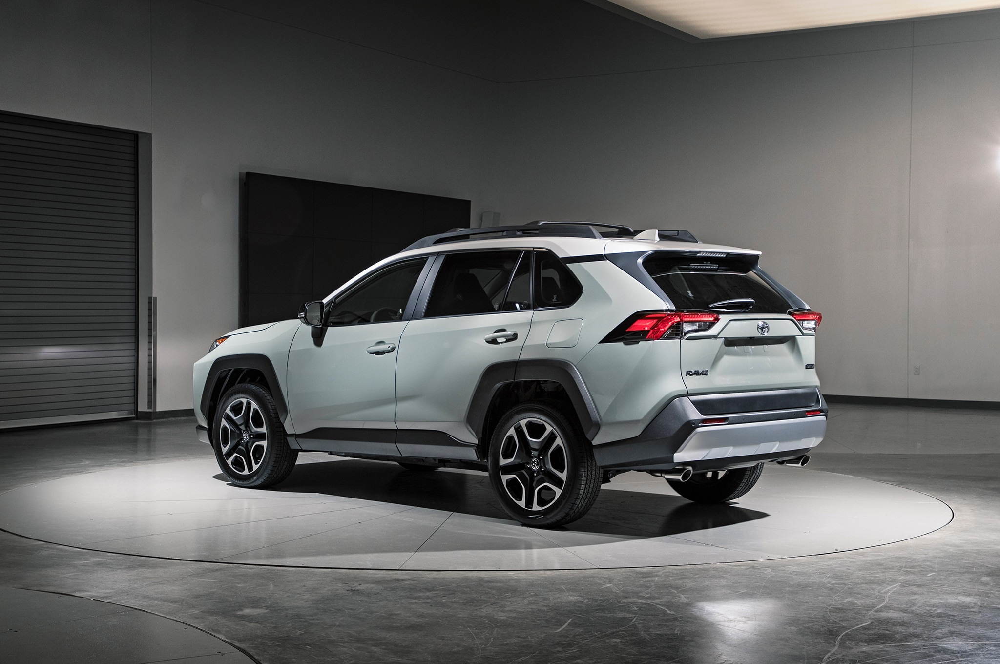 Toyota RAV4 2019: Primer Vistazo - Motor Trend en Español