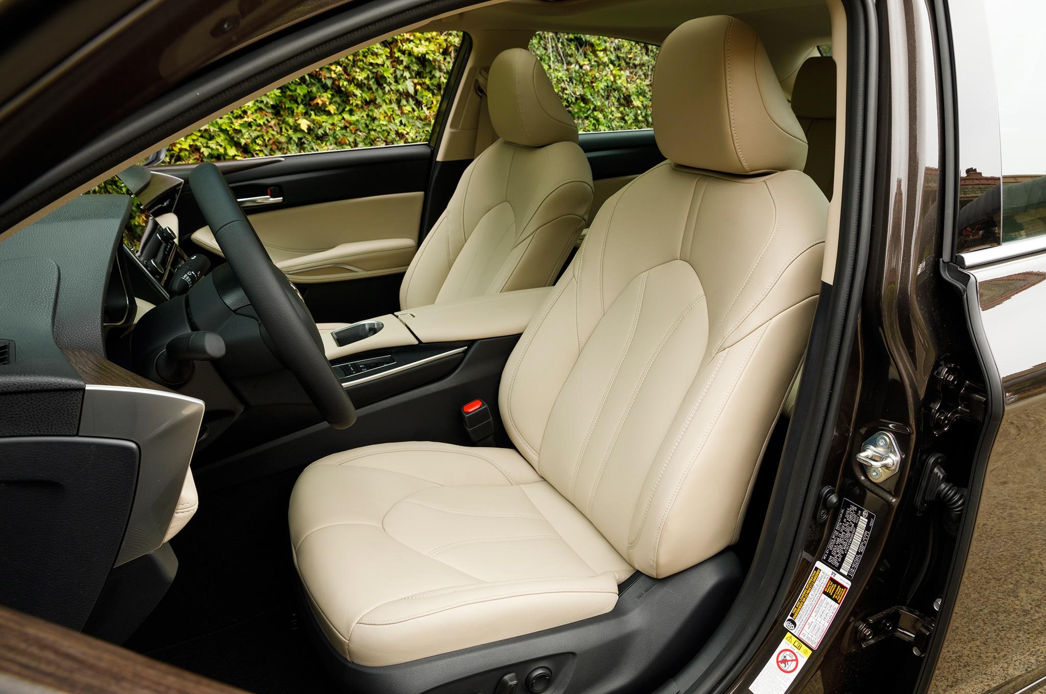 2019 Toyota Avalon Xle Hybrid Front Interior Seats 13 Abril 2018 Erika Pizano
