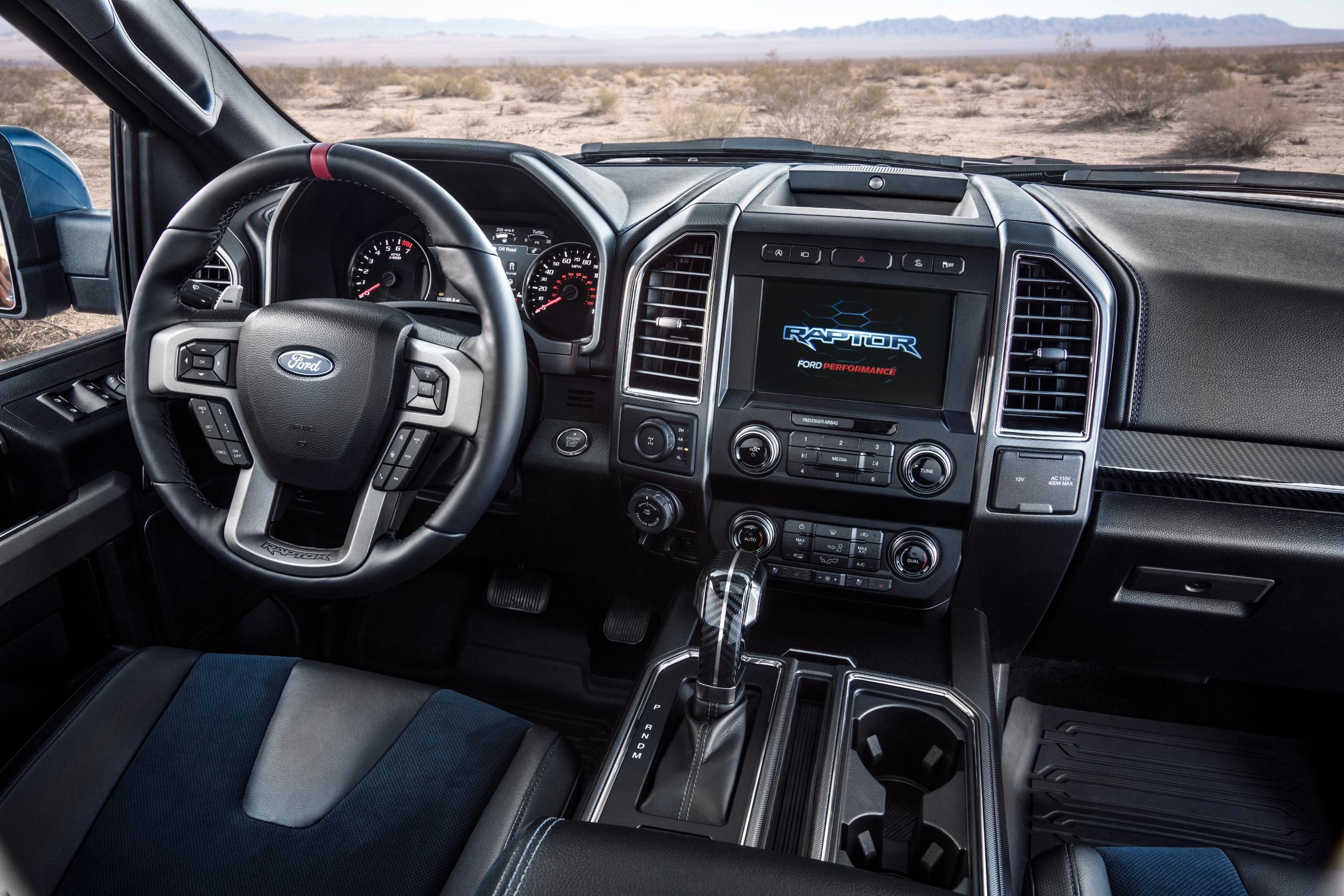 2019 Ford F 150 Raptor 16 - Motor Trend en Español