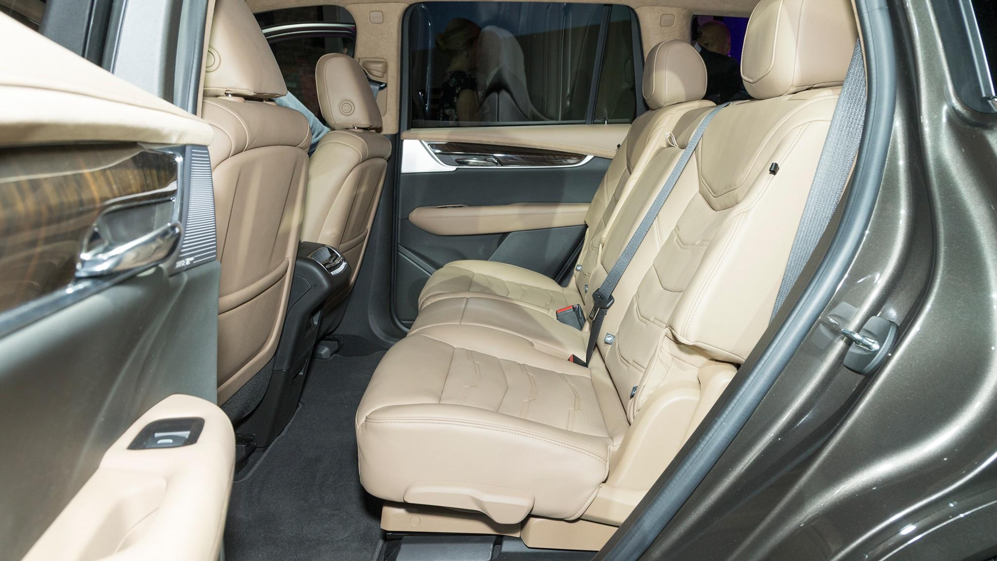 2020 Cadillac Xt6 Reveal Interior Second Row Motor Trend En Español