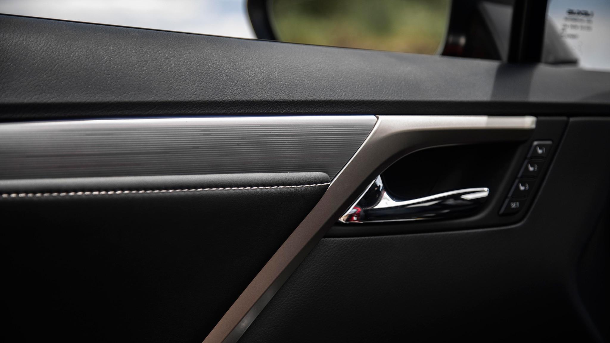 2020 Lexus RX 350 14 - Motor Trend en Español