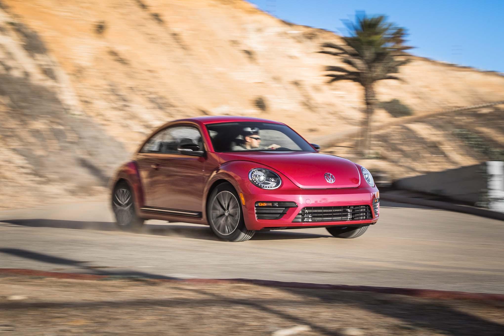 2017 Volkswagen PinkBeetle Front Three Quarter Turn