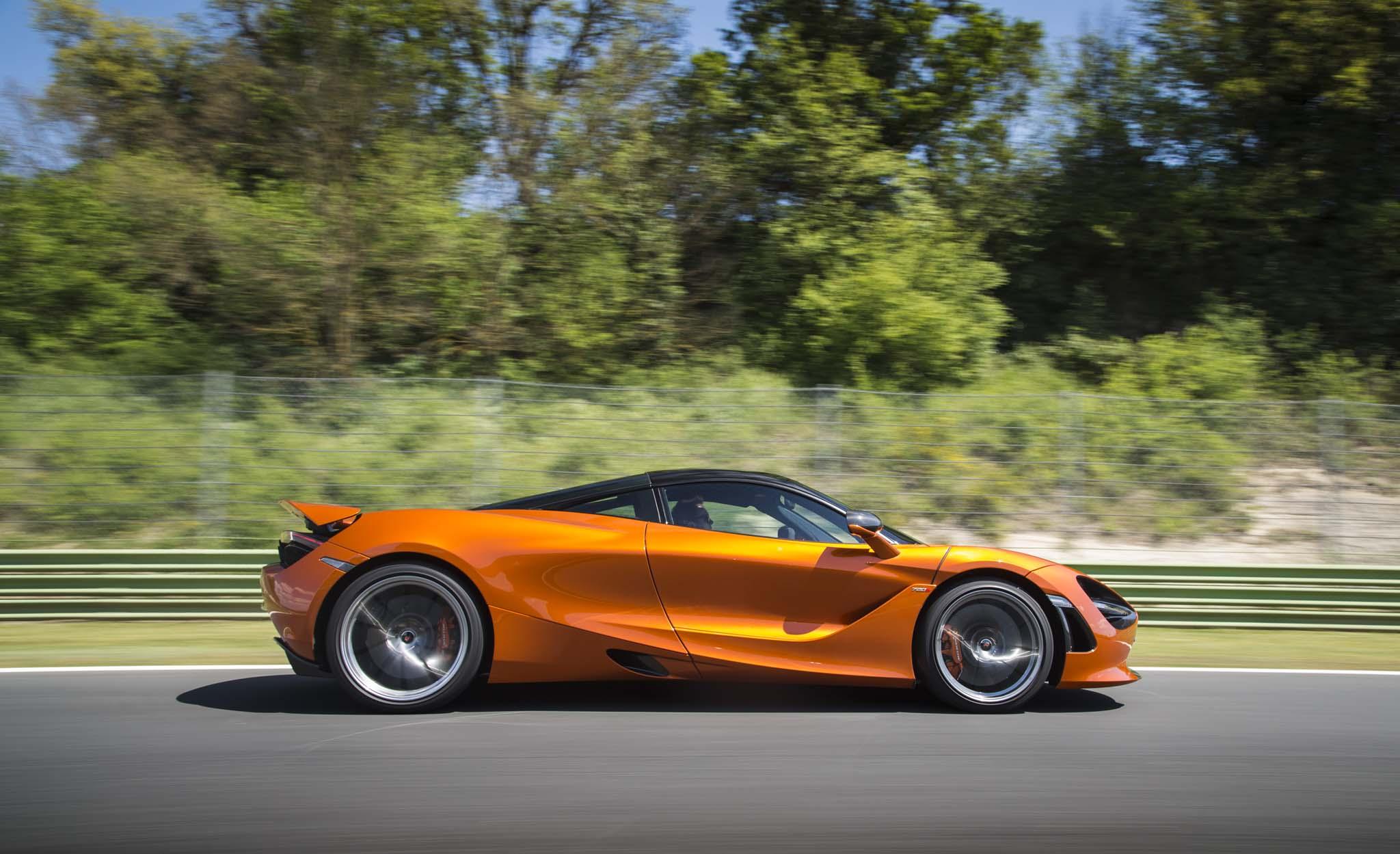 [Imagen: 2018-McLaren-720S-side-in-motion-04.jpg]