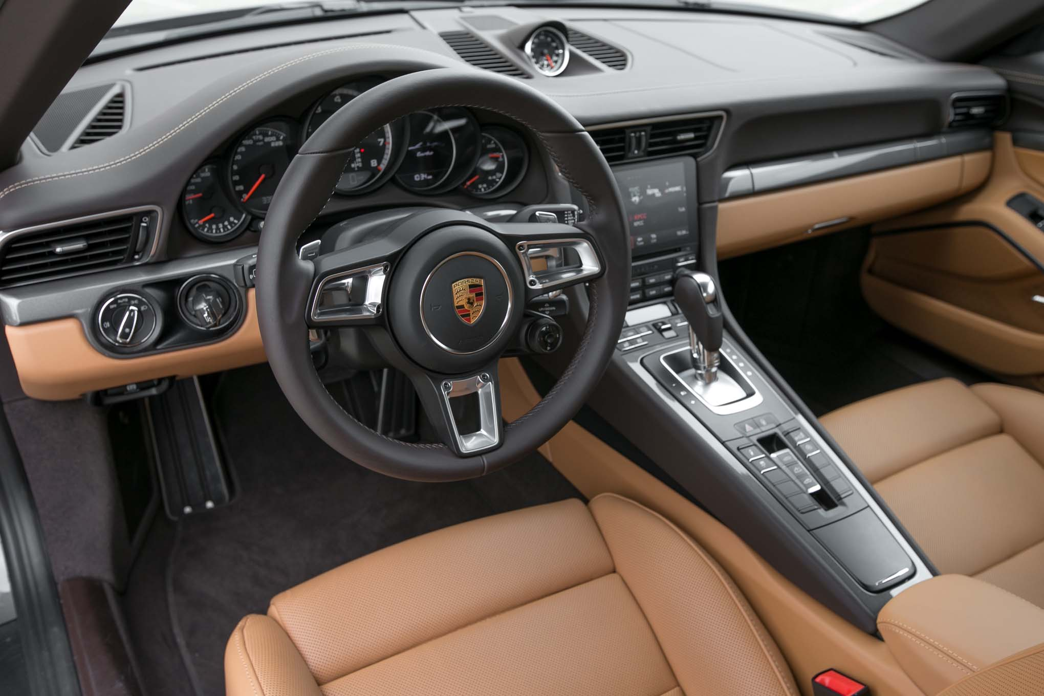 Resultado de imagen de porsche 911 interior