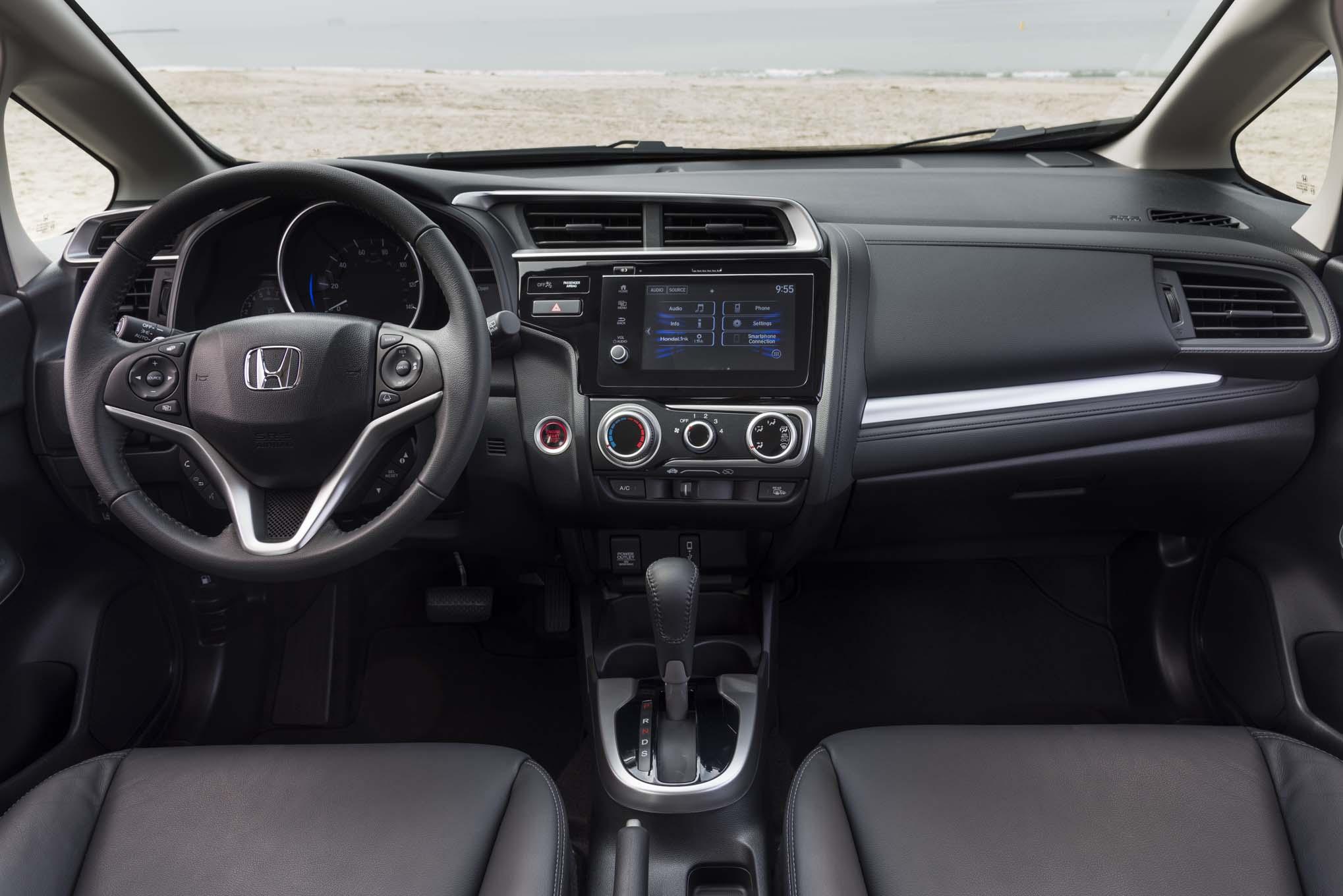 Honda Fit 2018, disponible desde $17,065 dólares - Motor ...