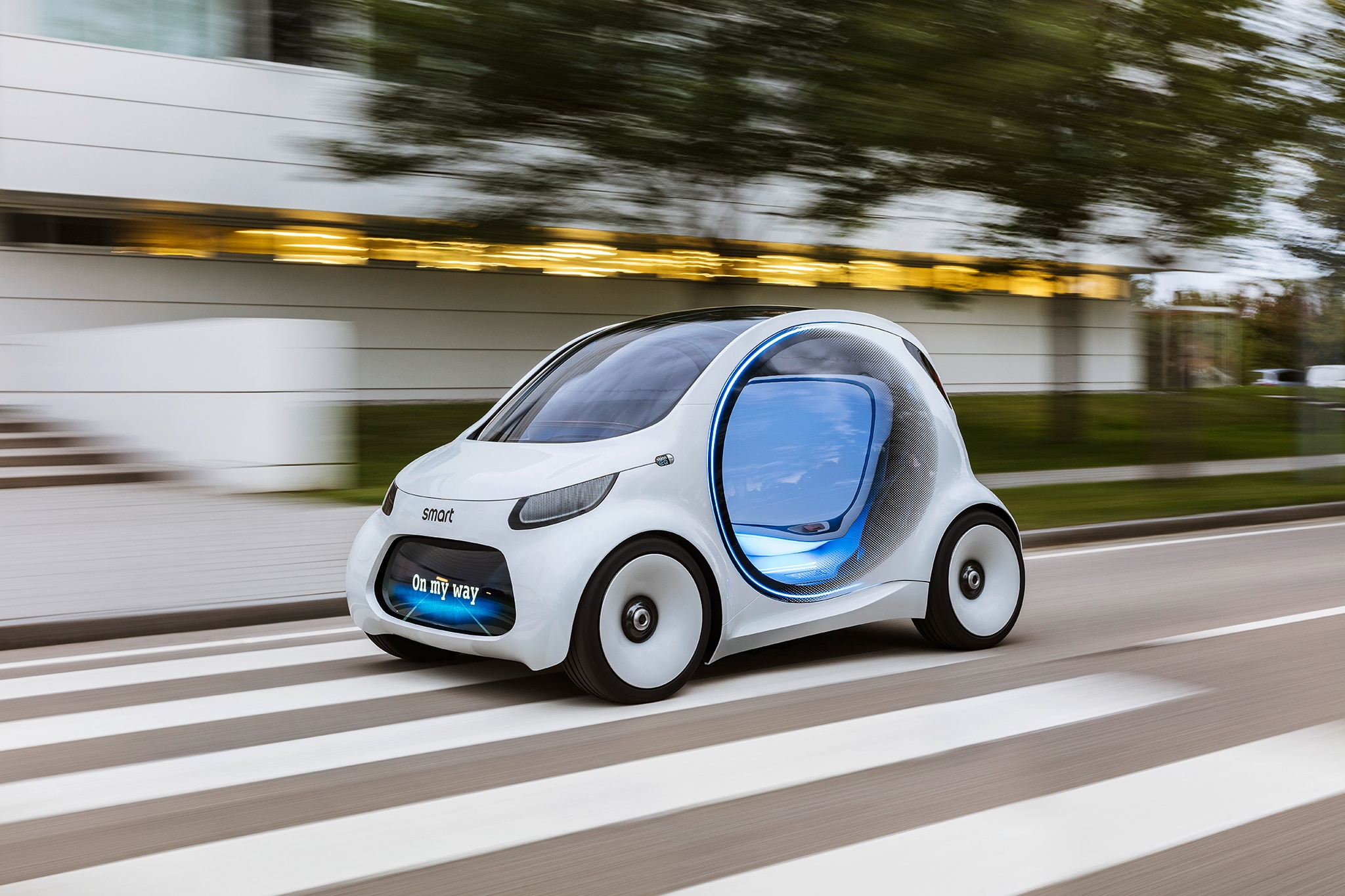 Smart Vision EQ Fortwo Autonomous Concept Car Front Three Quarter In Motion 02