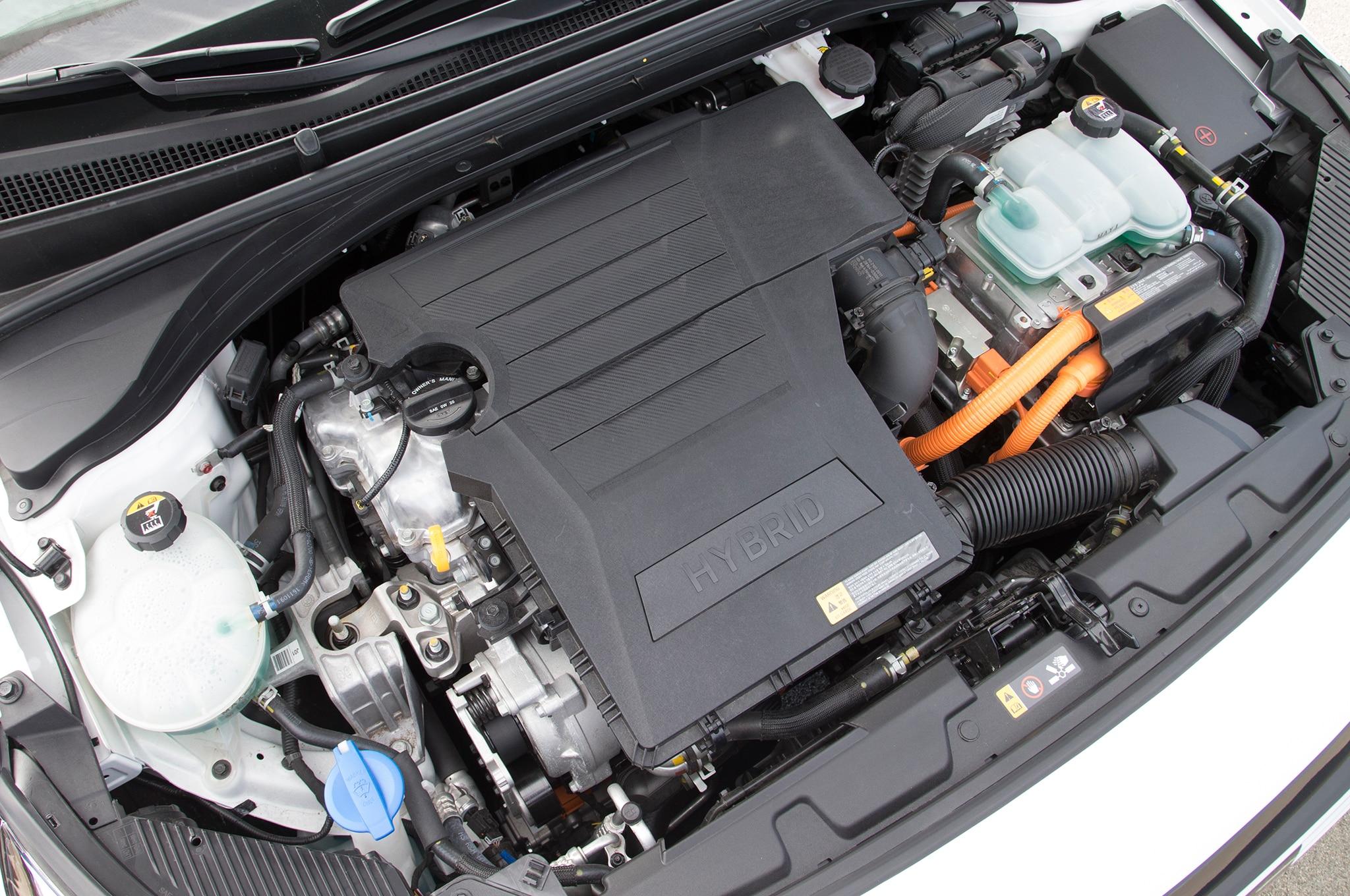 2017 Hyundai Ioniq Hybrid Engine 20 Noviembre Miguel Cortina