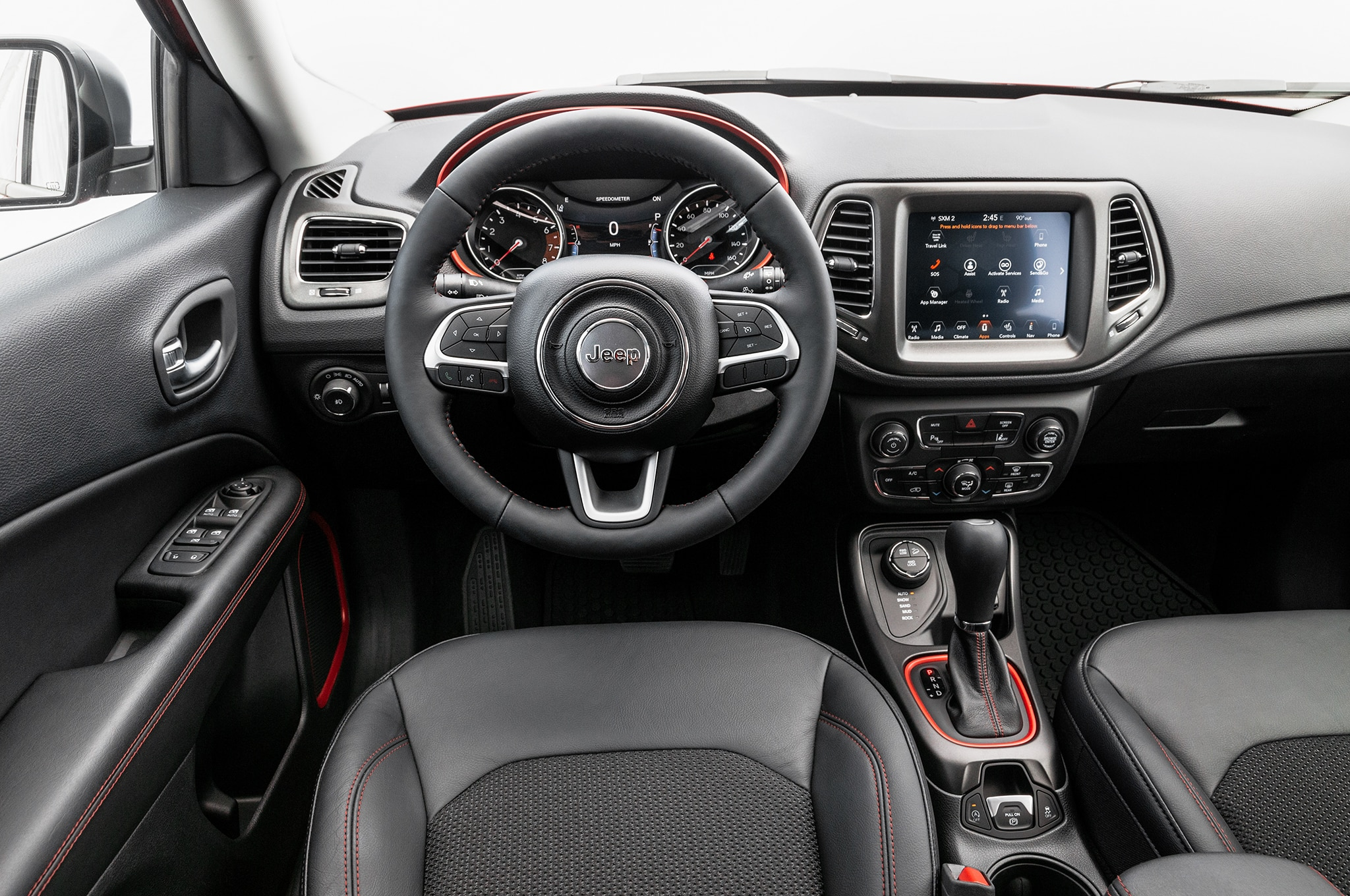 2017 Jeep Compass Limited 4x4 Trailhawk front interior ...