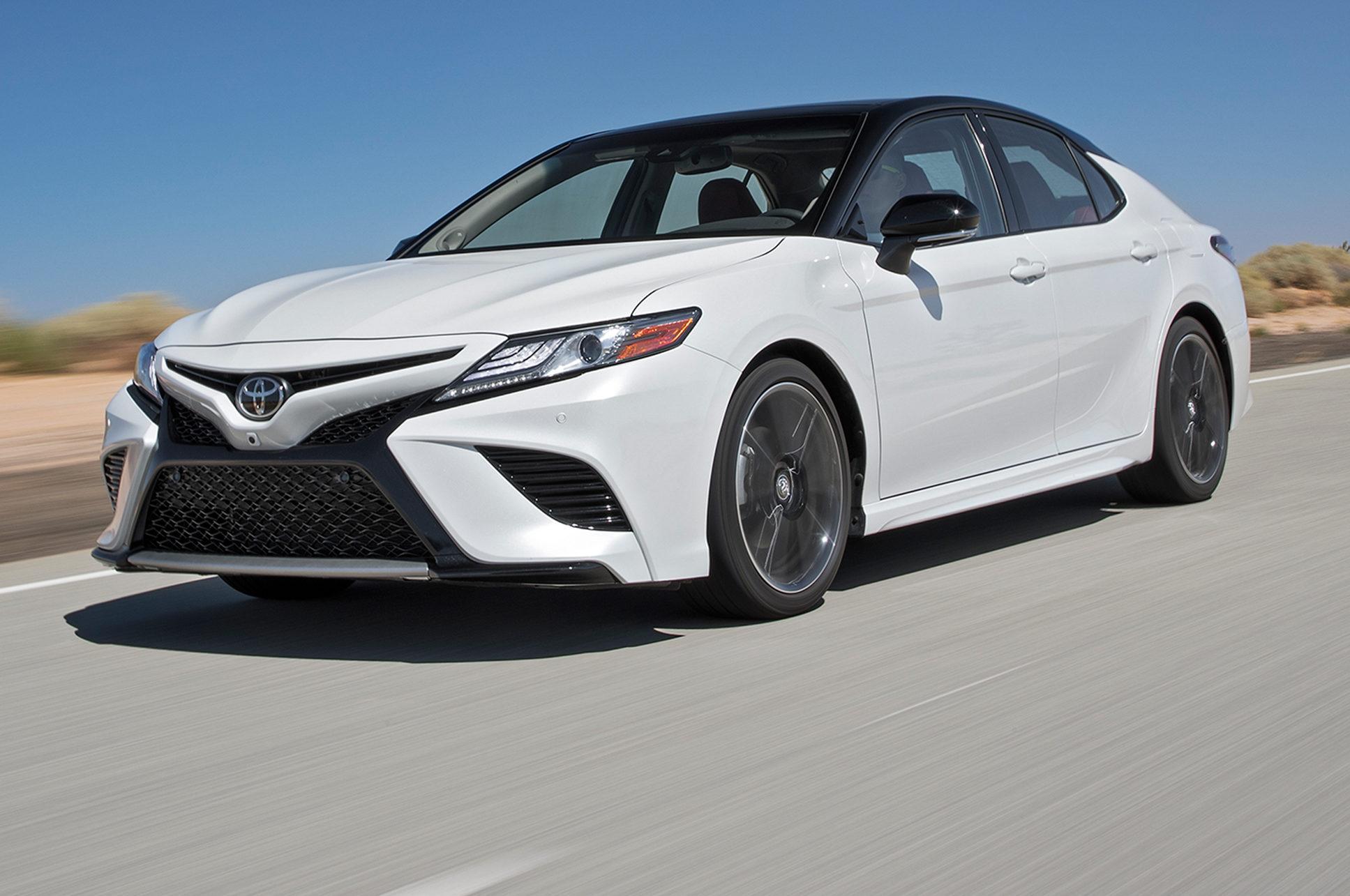 2018 Honda Accord Interior >> Toyota Camry: Contendiente a Auto del Año de Motor Trend ...