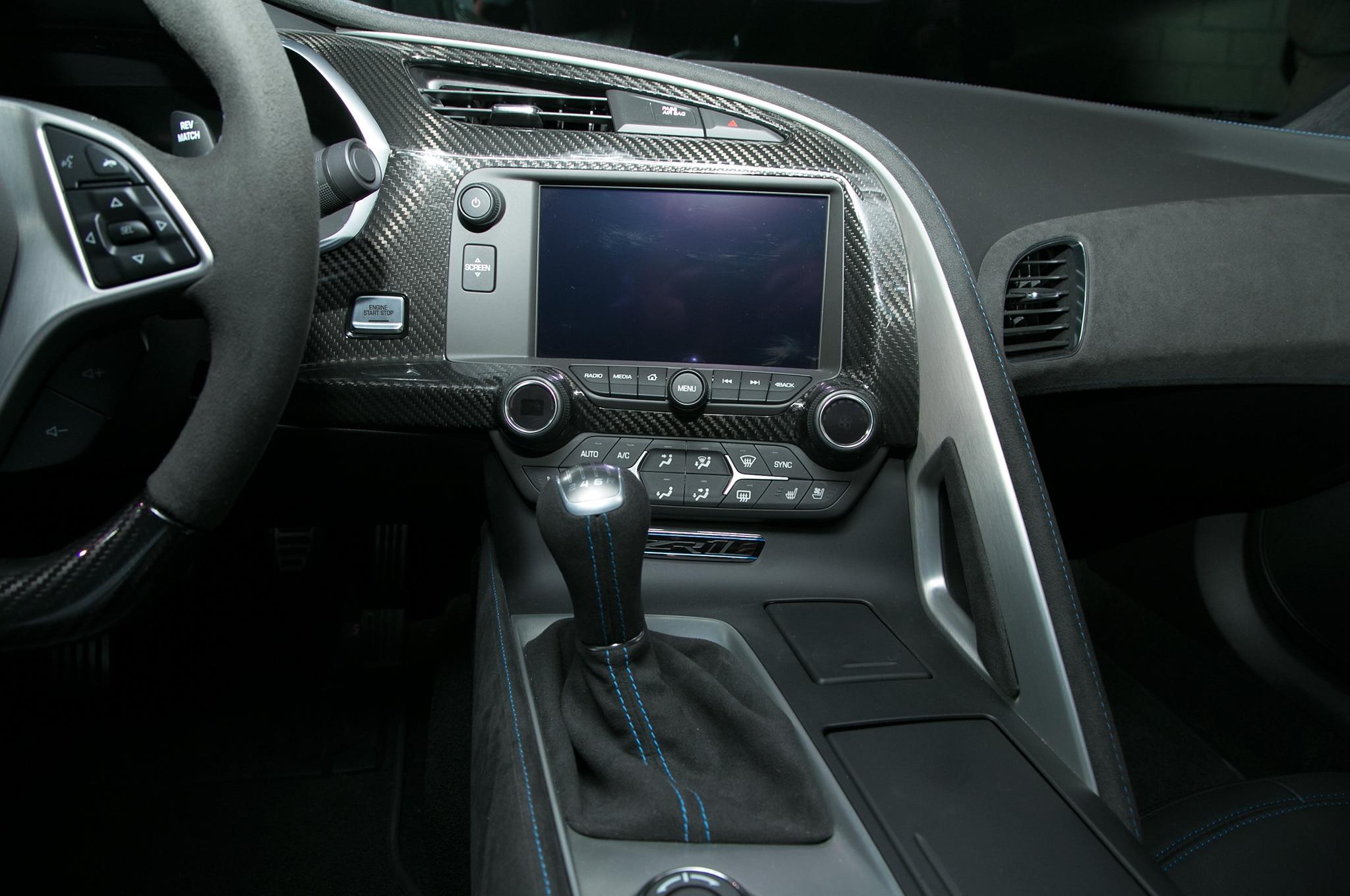 Alfa Romeo Los Angeles >> 2019 Chevrolet Corvette ZR1 interior - Motor Trend en Español